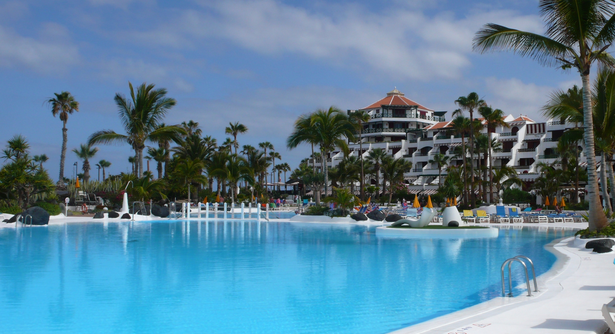 Apartment for Sale at Parque Santiago IV Av Litoral Playa De Las Americas, Tenerife Canary Islands 38660 Spain