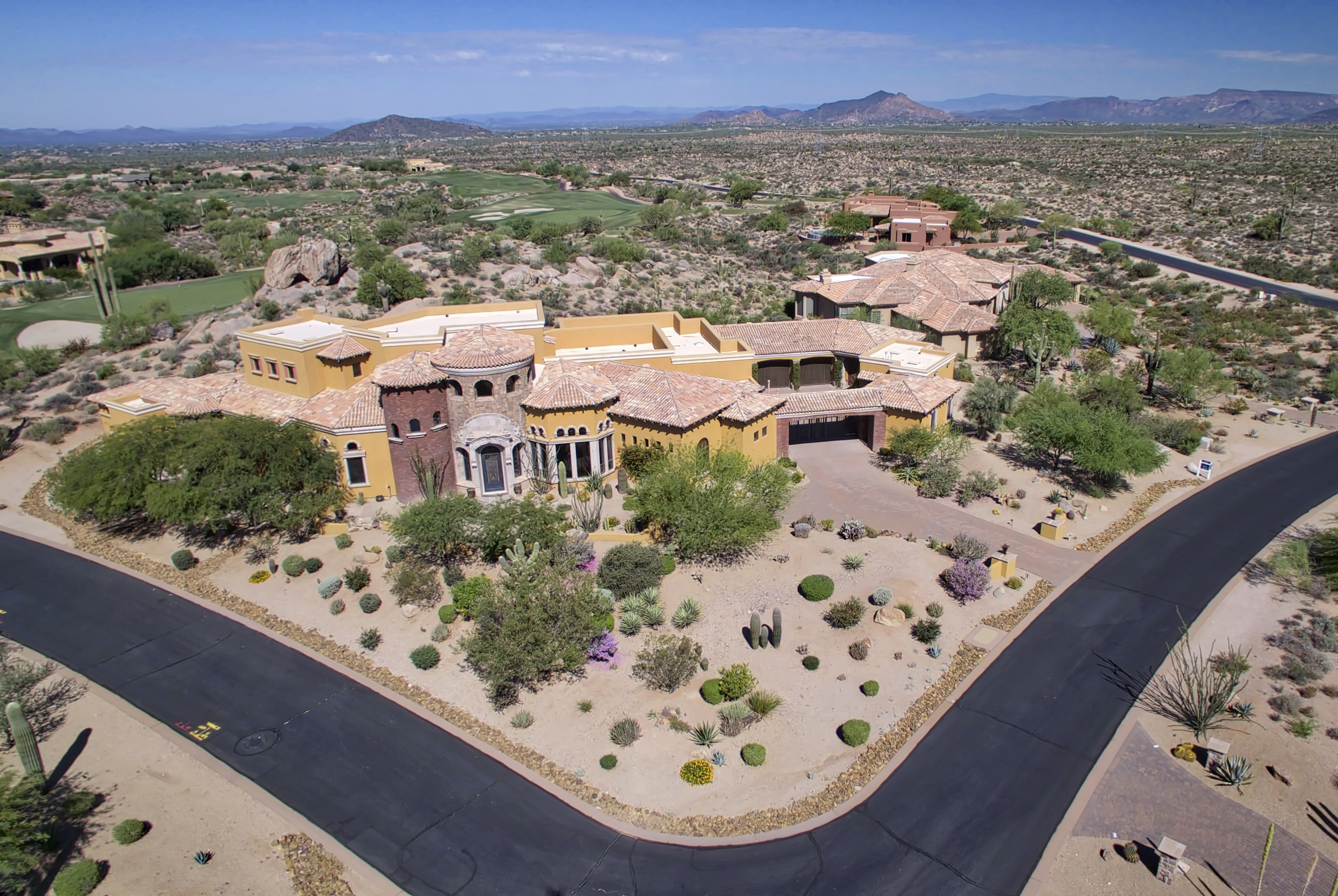 sales property at Marvelous home overlooking the Pinnacle course