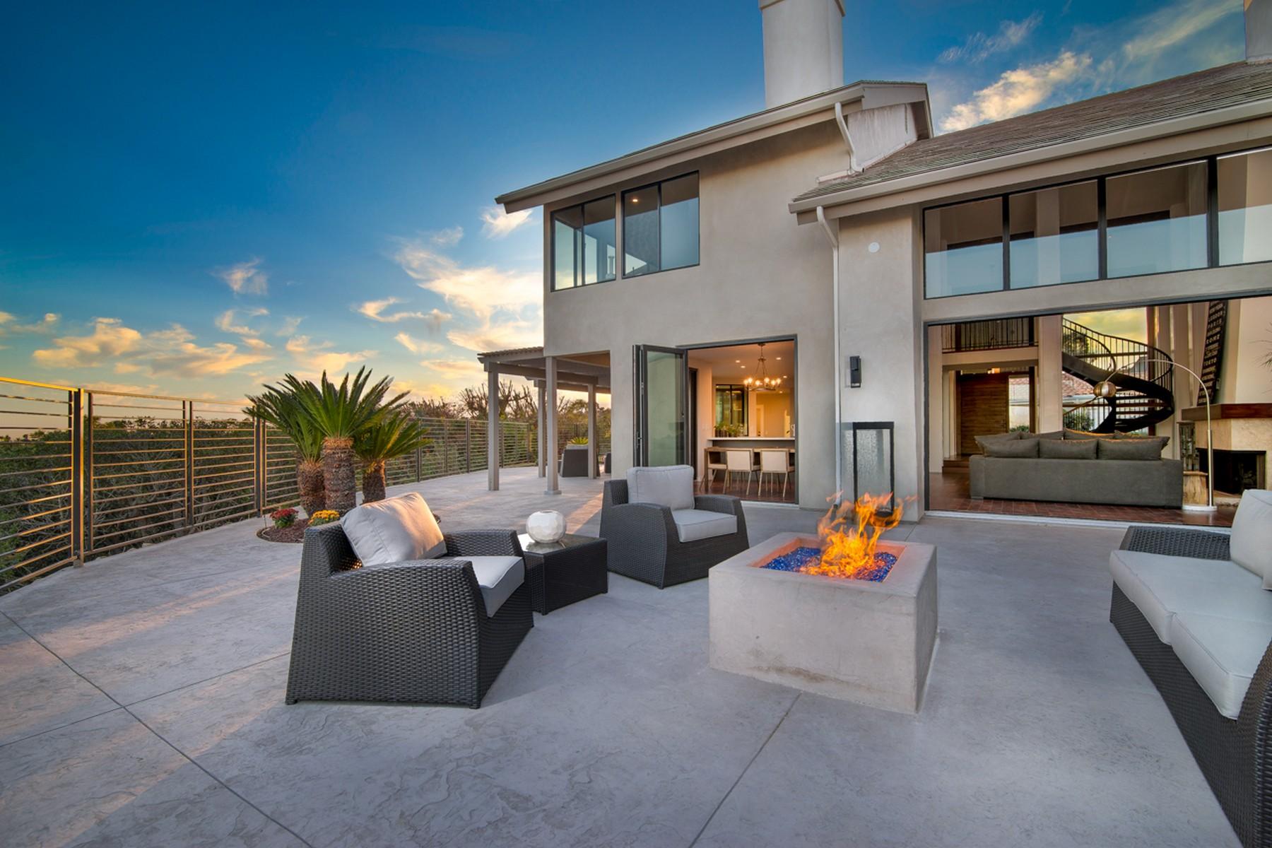 Einfamilienhaus für Verkauf beim 6612 Caminito Hermitage La Jolla, Kalifornien 92037 Vereinigte Staaten