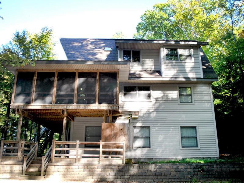 Tek Ailelik Ev için Satış at Fernwood Ct 79851 Fernwood Drive Covert, Michigan 49043 Amerika Birleşik Devletleri