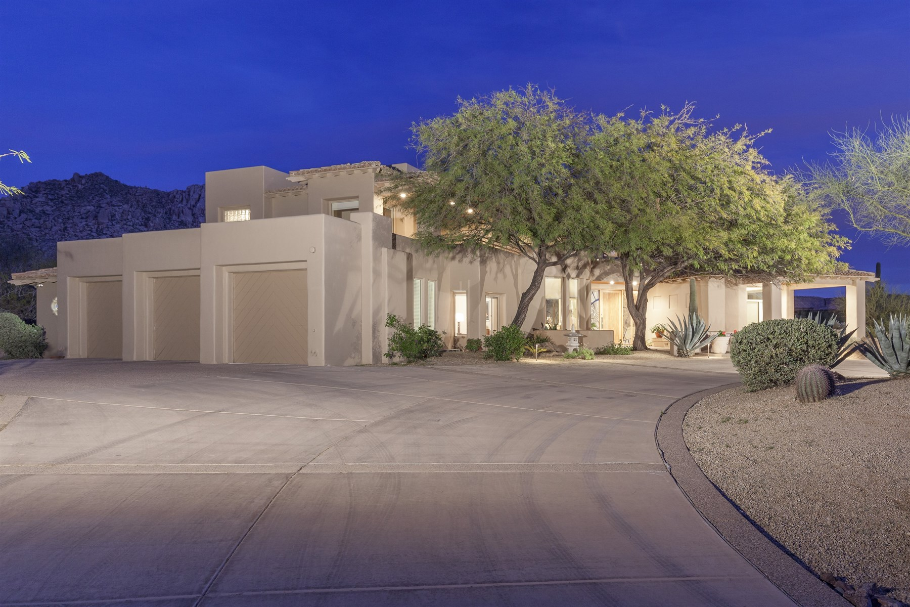 Single Family Home for Sale at Troon Country Club Golf Course Lot In The Gated Community Of Troon Fairways 25936 N 104th Way Scottsdale, Arizona, 85255 United States