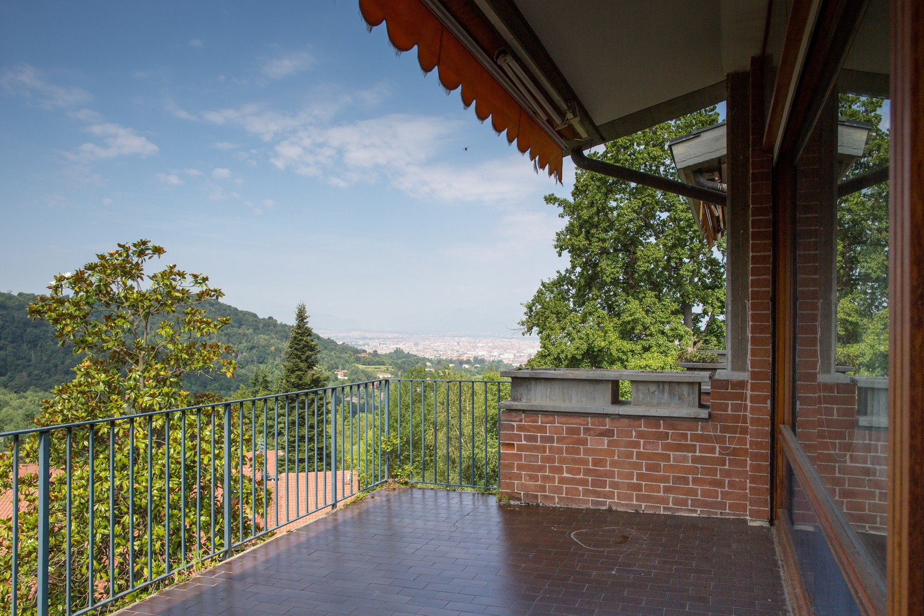 Property Of Elegant apartment on Turin hill