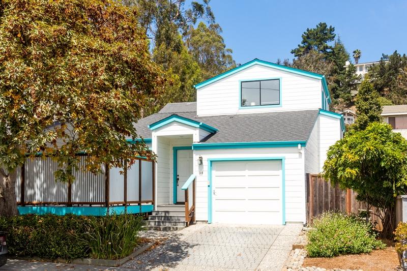 Property For Sale at 138 Grandview St, Santa Cruz