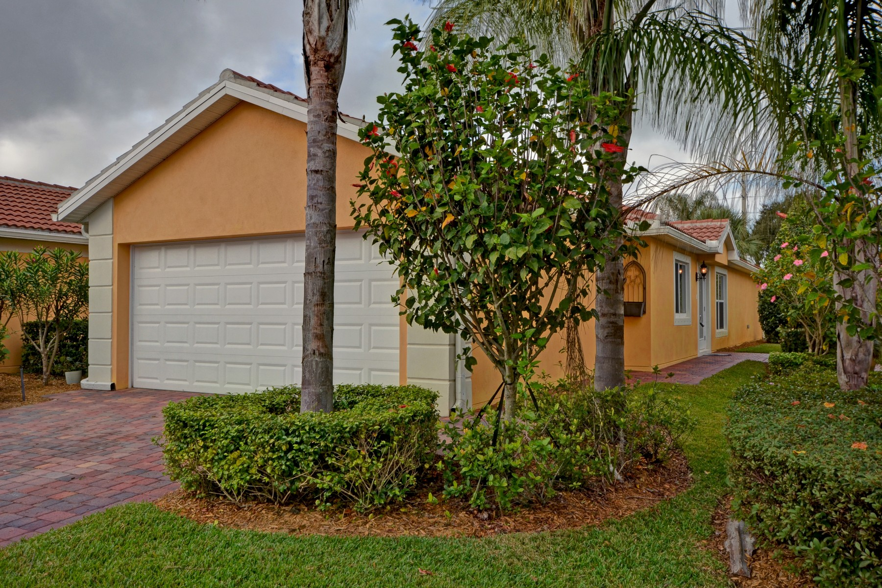 sales property at Like New Villa in Waterway Village