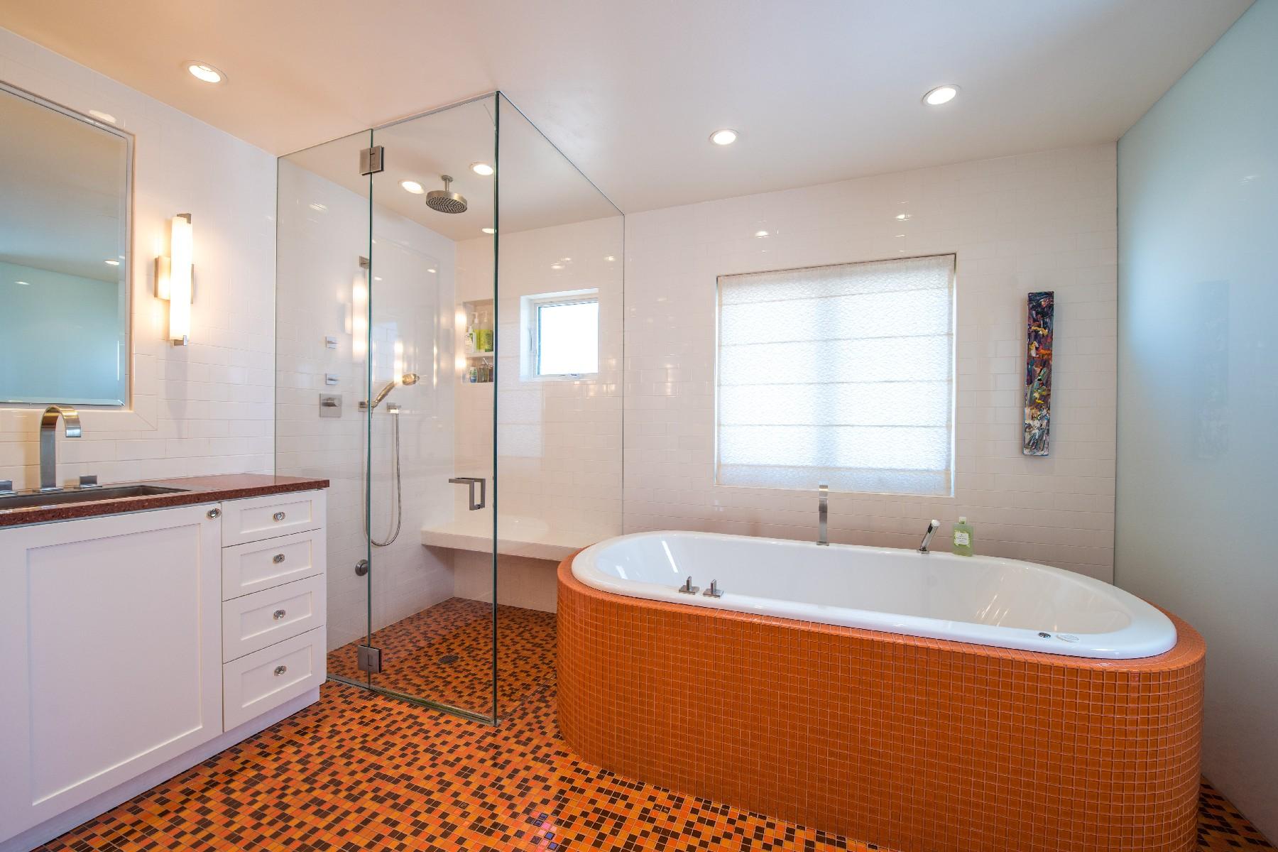 Additional photo for property listing at 734 Glorietta Boulevard 734 Glorietta Bouldevard 科罗纳多, 加利福尼亚州 92118 美国