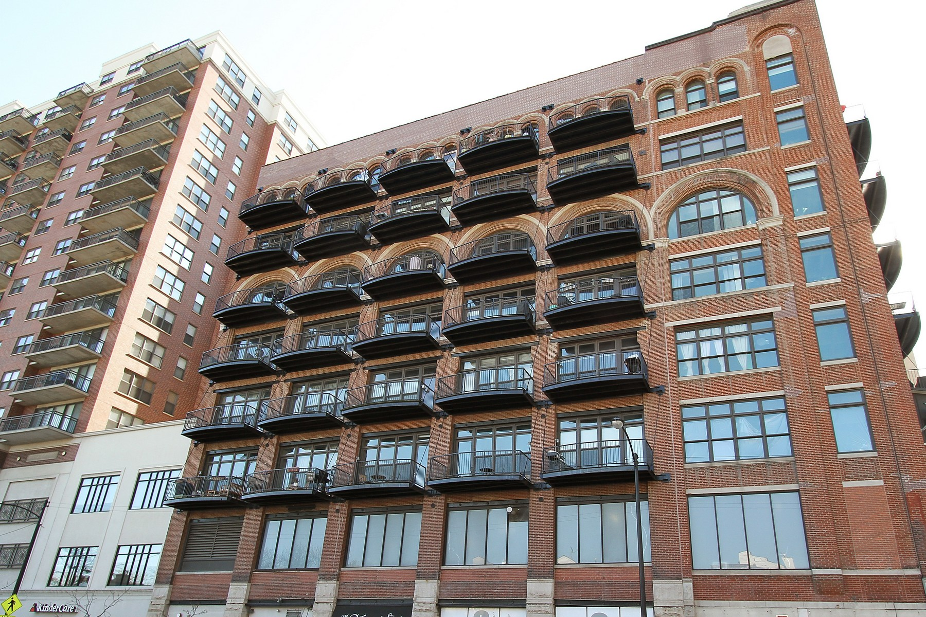 Condominium for Sale at One of a Kind Home! 1503 S State Street Unit 308 Near South Side, Chicago, Illinois, 60605 United States