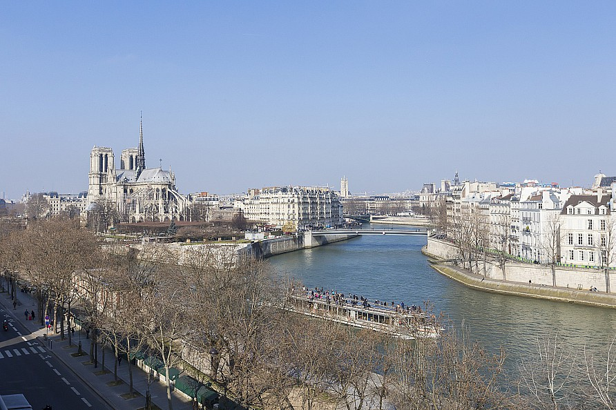 Appartement pour l Vente à Quai de la Tournelle Paris, Paris 75005 France