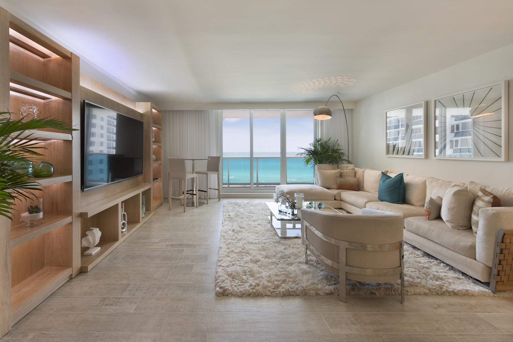 Condominio per Vendita alle ore 102 24ST #1004 Miami Beach, Florida 33139 Stati Uniti