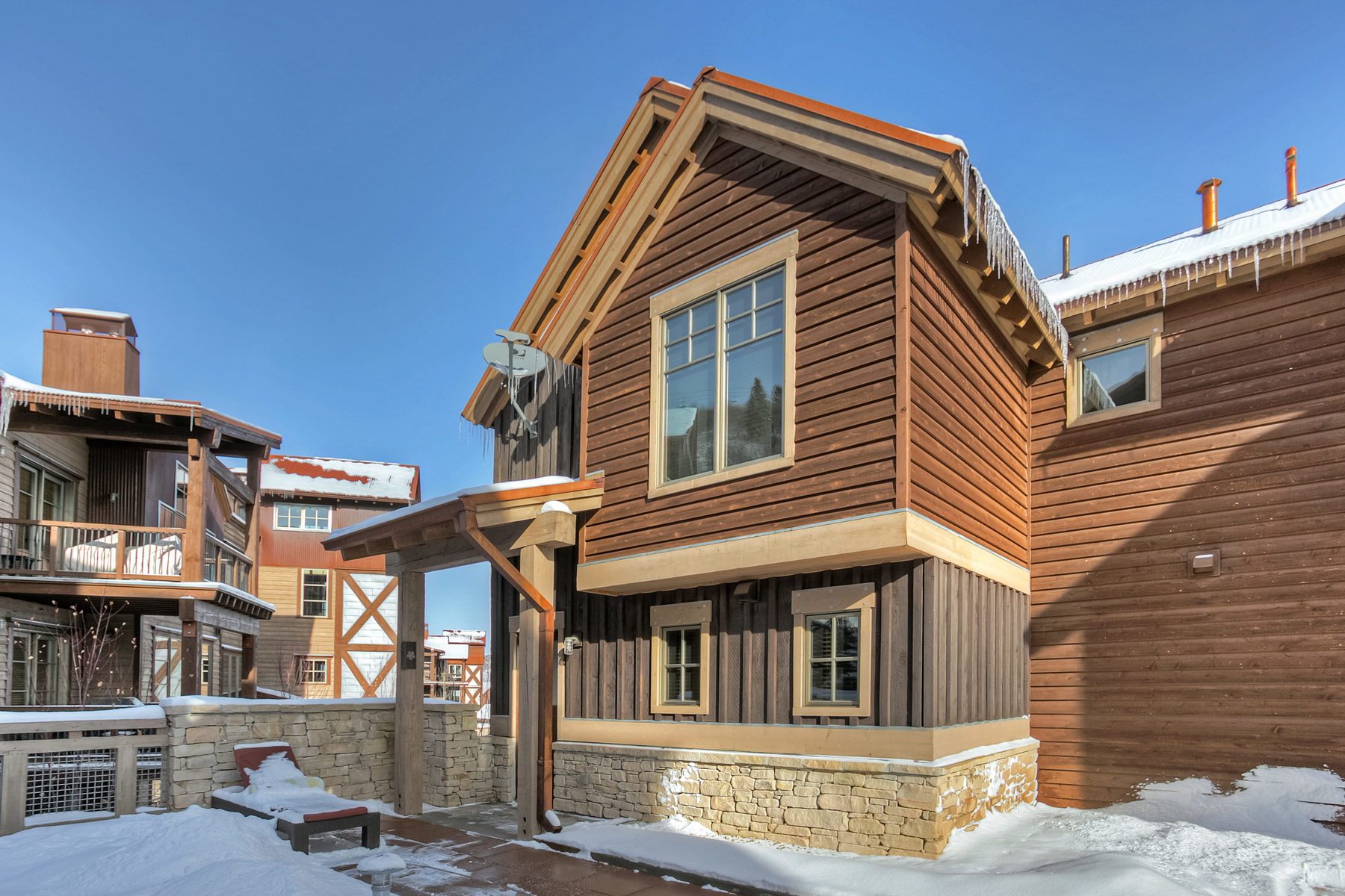 Таунхаус для того Продажа на The Perfect Ski Residence in Park City 1825 Three Kings Dr #303 Park City, Юта, 84060 Соединенные Штаты