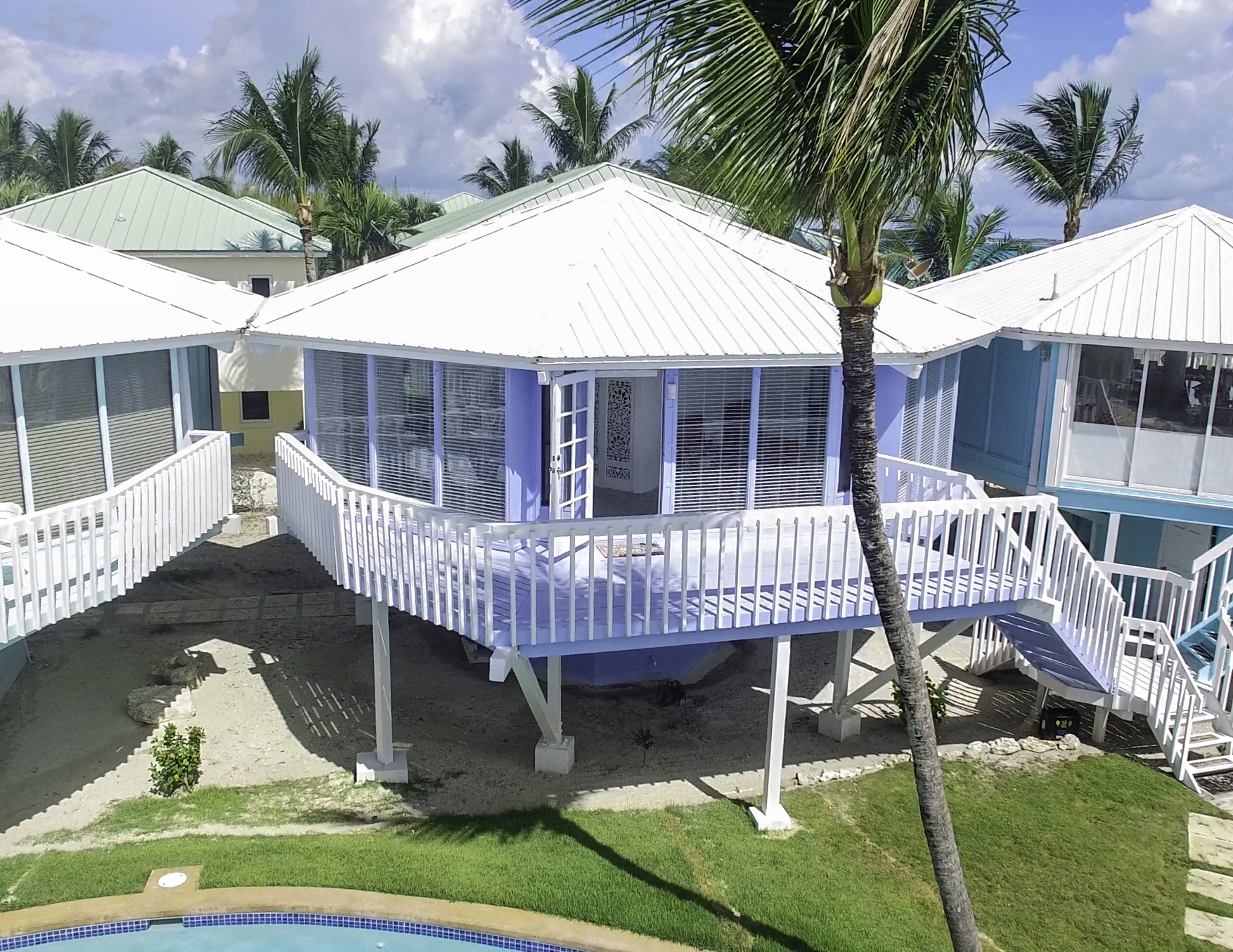 Additional photo for property listing at Treasure House #11 Treasure Cay, Abaco Bahamas