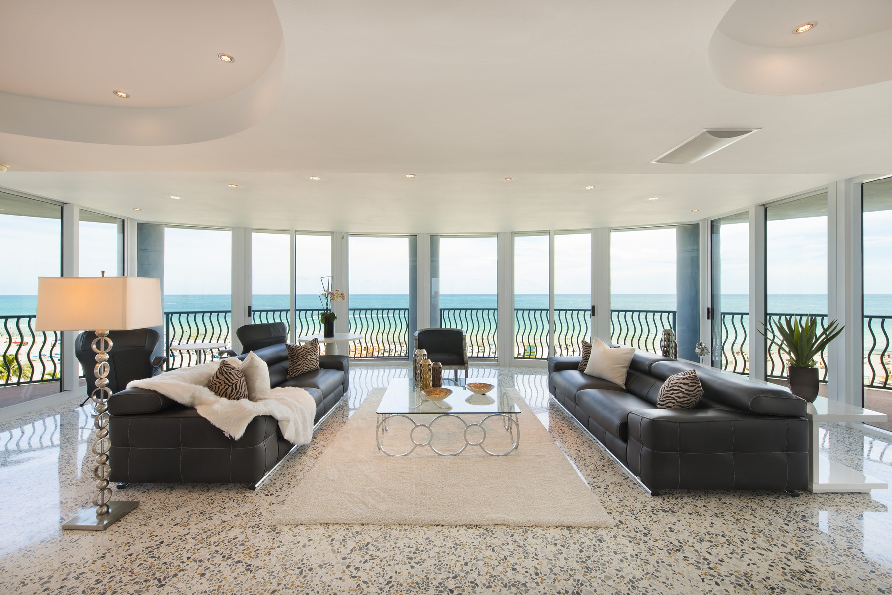 Single Family Home for Sale at 1500 Ocean Dr # 801/02 Miami Beach, Florida 33139 United States
