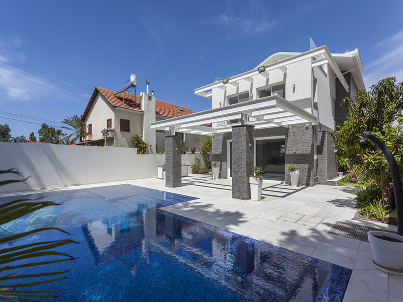 Single Family Home for Sale at Luxury Style Sea view Villa in Herzliya Pituach Herzliya Pituach, Israel 4662707 Israel