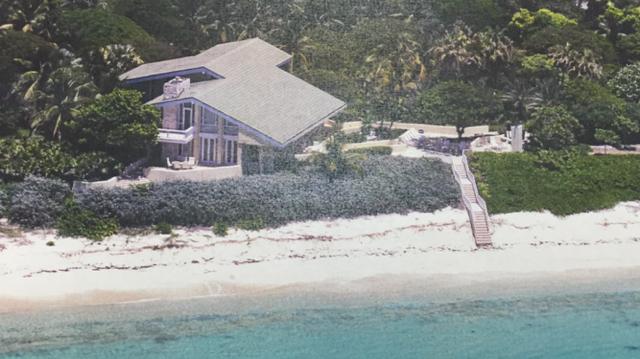 Additional photo for property listing at Bongo Bay House, Cat Cay Cat Cay, Bimini Bahamas