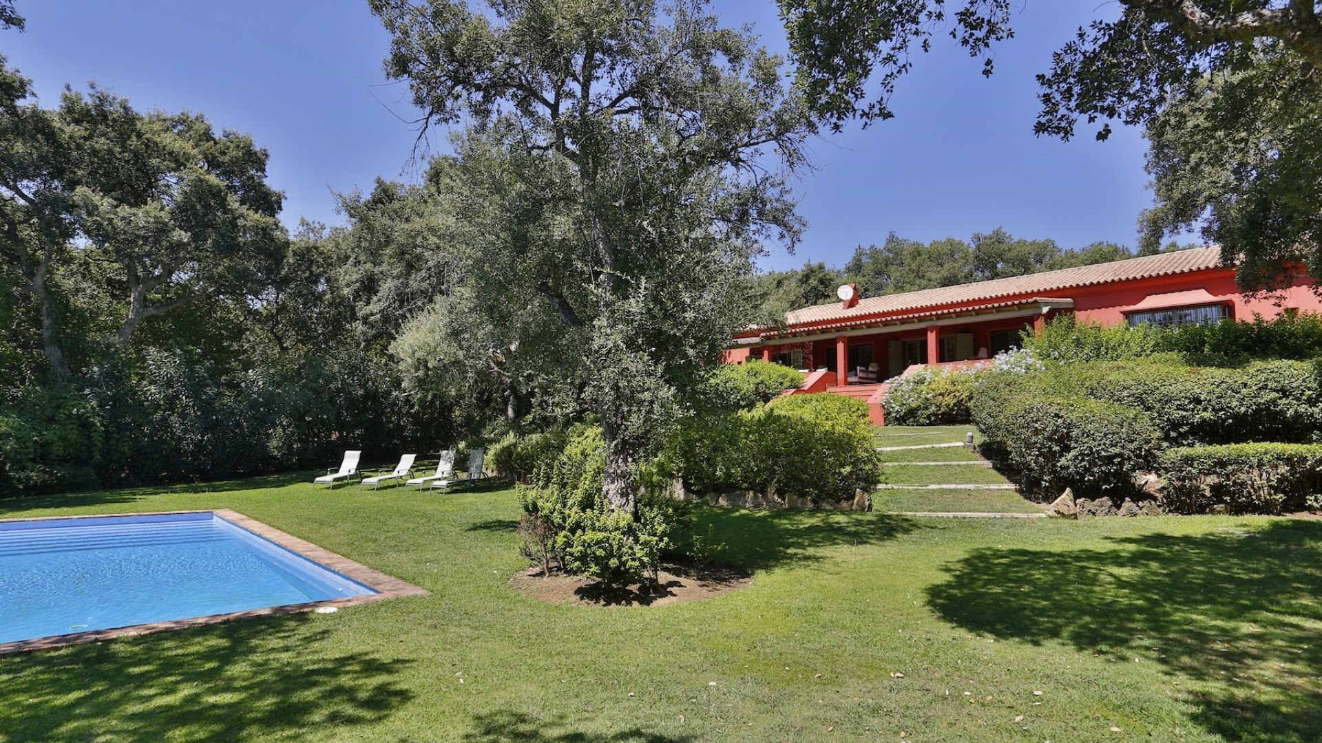 sales property at Beautiful villa in Sotogrande