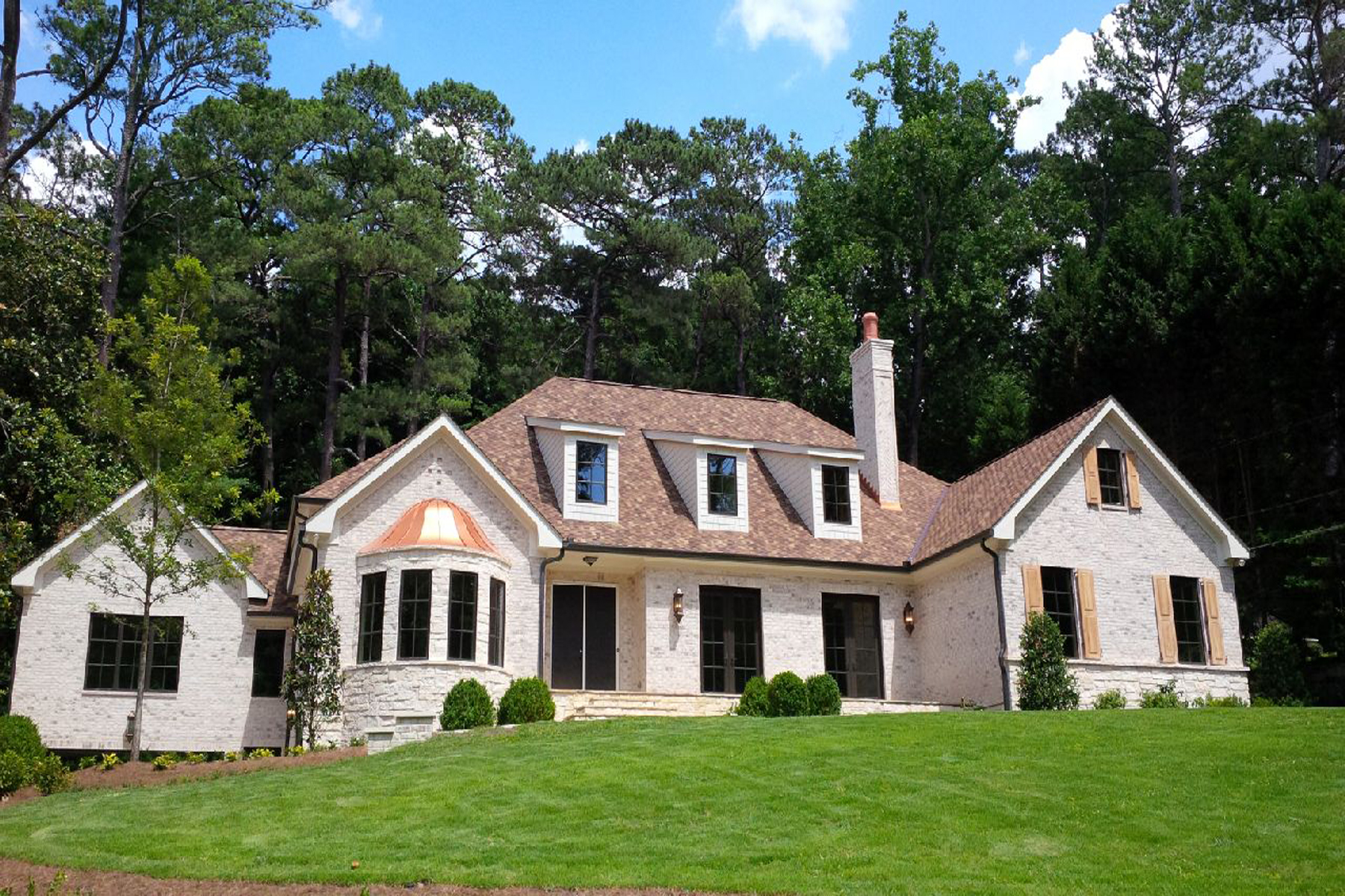 一戸建て のために 売買 アット Elegant New Construction in Majestic Tuxedo Park Location 3659 Northside Drive NW Buckhead, Atlanta, ジョージア 30305 アメリカ合衆国