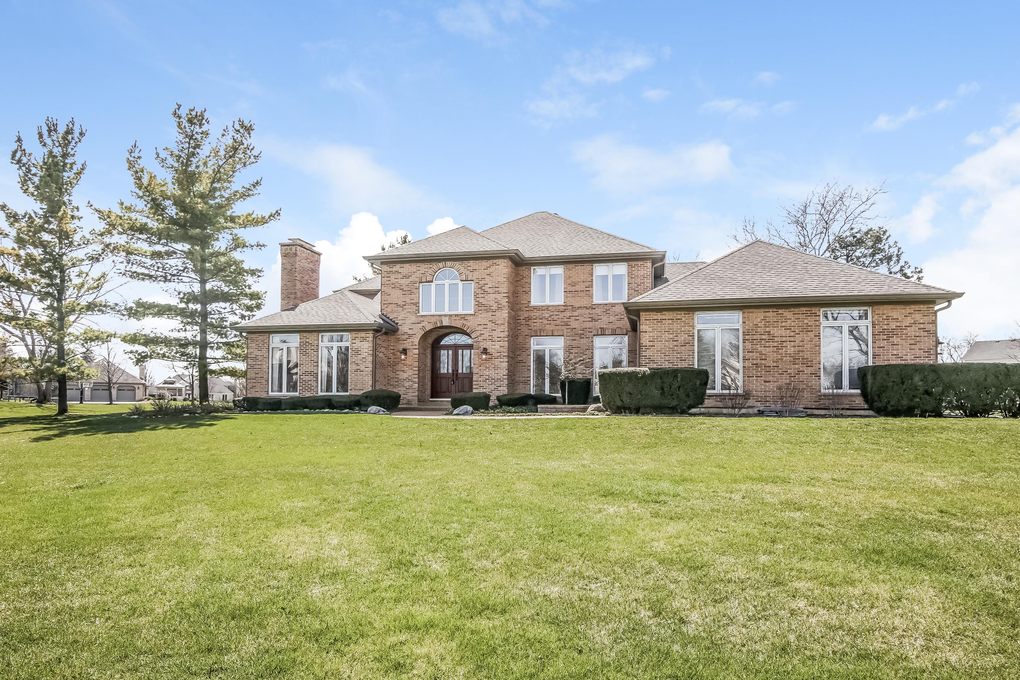 獨棟家庭住宅 為 出售 在 Vacation Year Round! 43 Watergate Drive South Barrington, 伊利諾斯州, 60010 美國