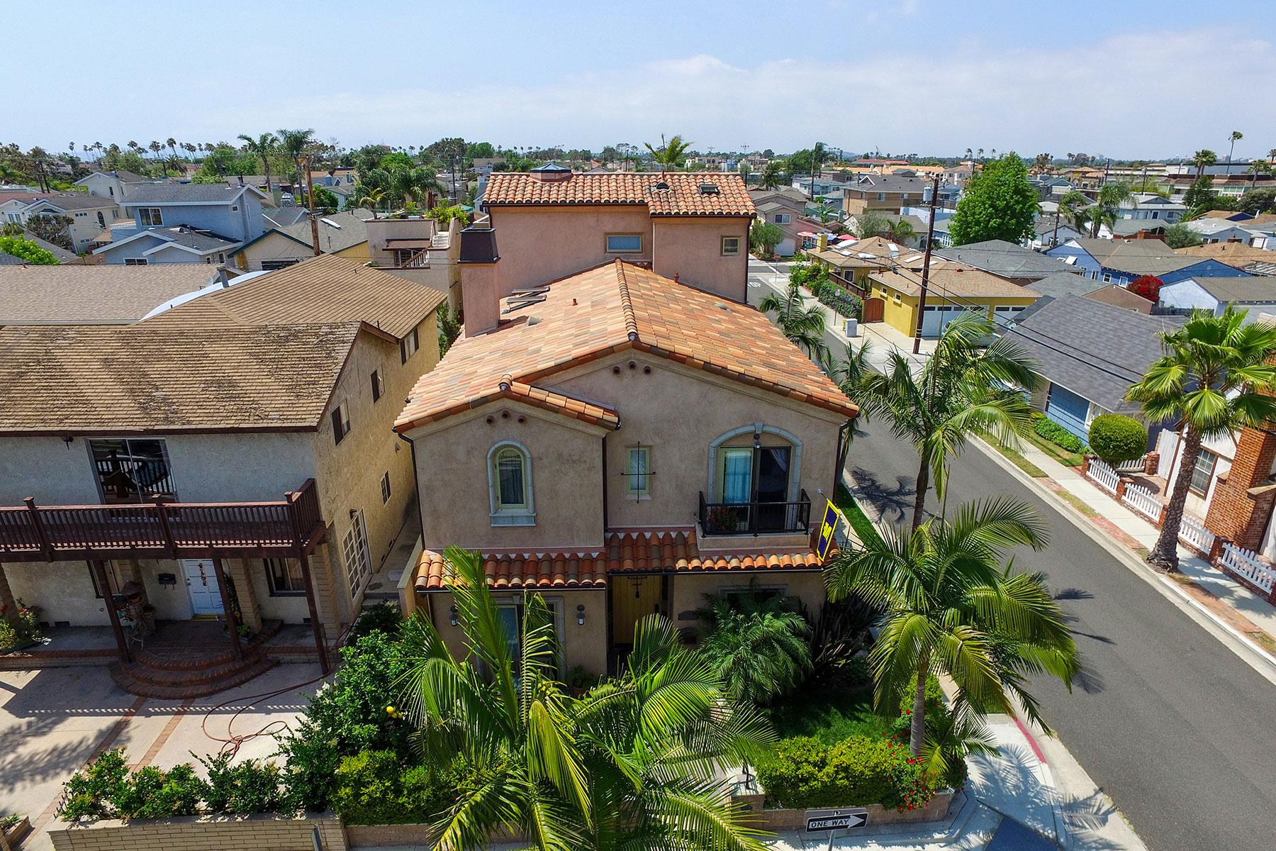 Villa per Vendita alle ore 243 15th Street Seal Beach, California, 90740 Stati Uniti
