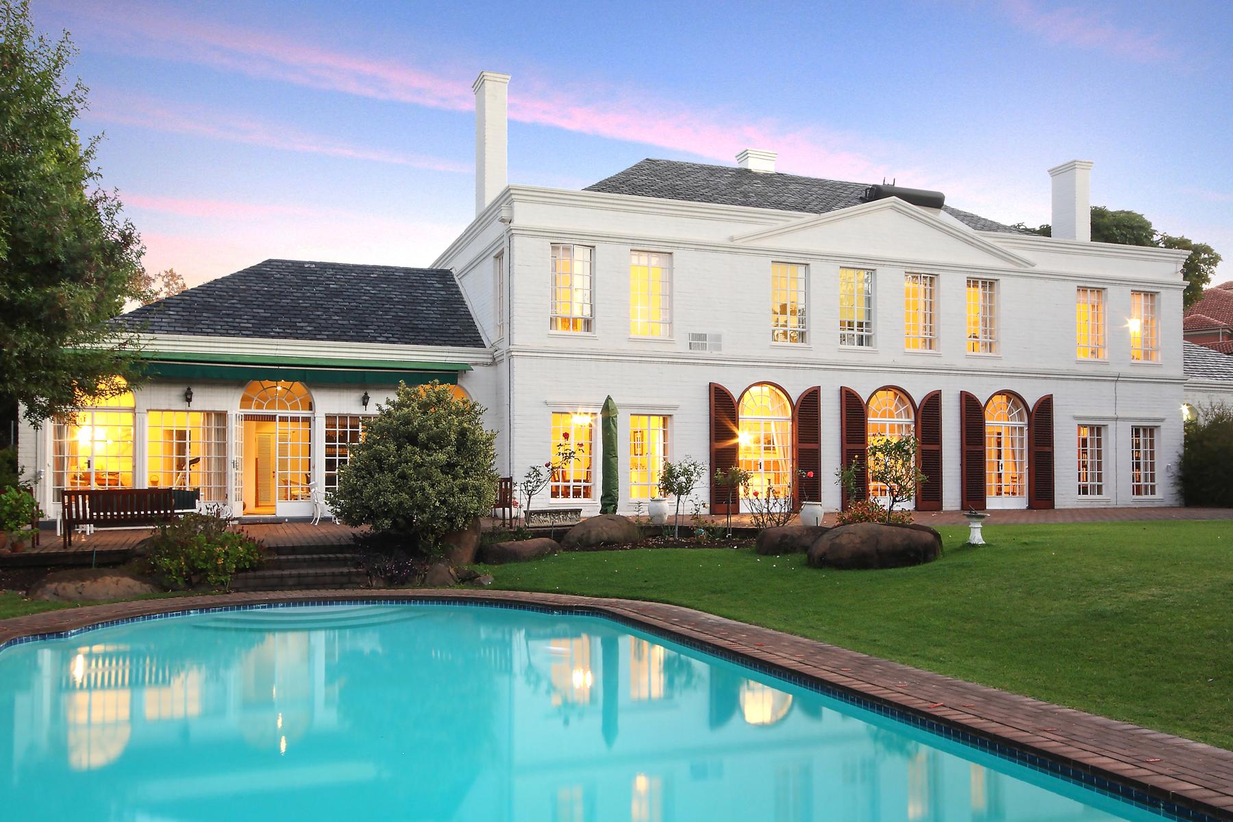 獨棟家庭住宅 為 出售 在 Morningside 12 Centre Road Johannesburg, 豪登省, 2057 南非
