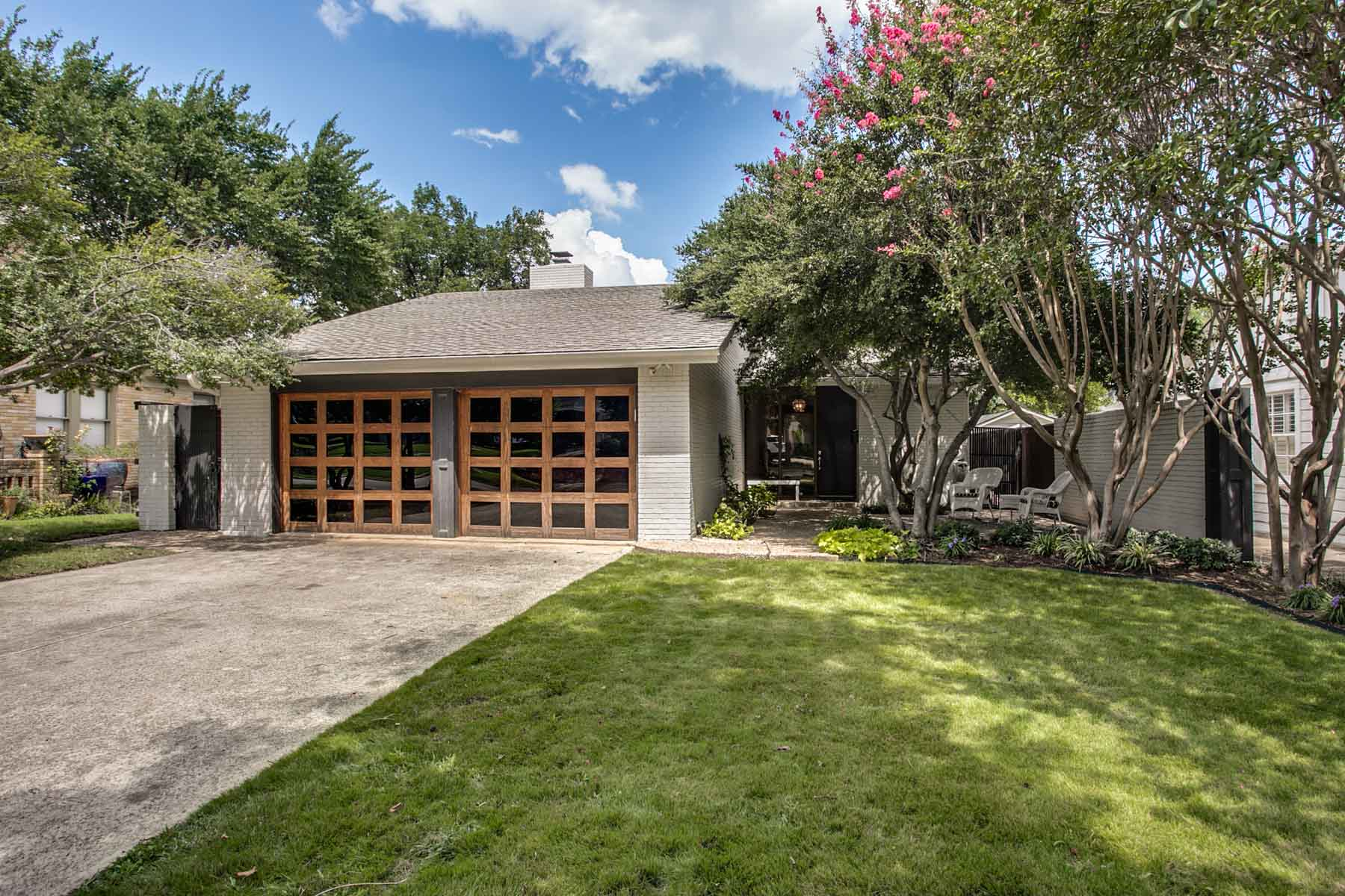 Single Family Home for Sale at Modern Style- 76107 4108 Mattison Ave. Fort Worth, Texas, 76107 United States