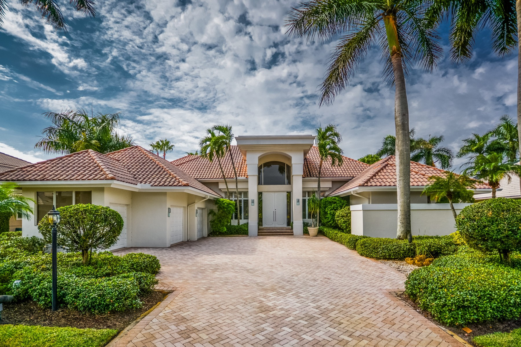 Single Family Home for Sale at 7244 Queenferry Cir , Boca Raton, FL 33496 7244 Queenferry Cir Boca Raton, Florida, 33496 United States