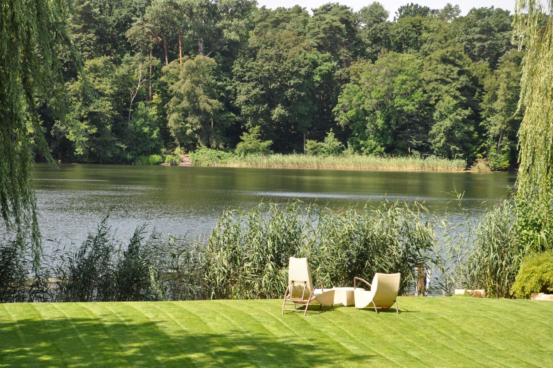 단독 가정 주택 용 매매 에 Villa with impressive lake view! Berlin, 베를린, 14193 독일