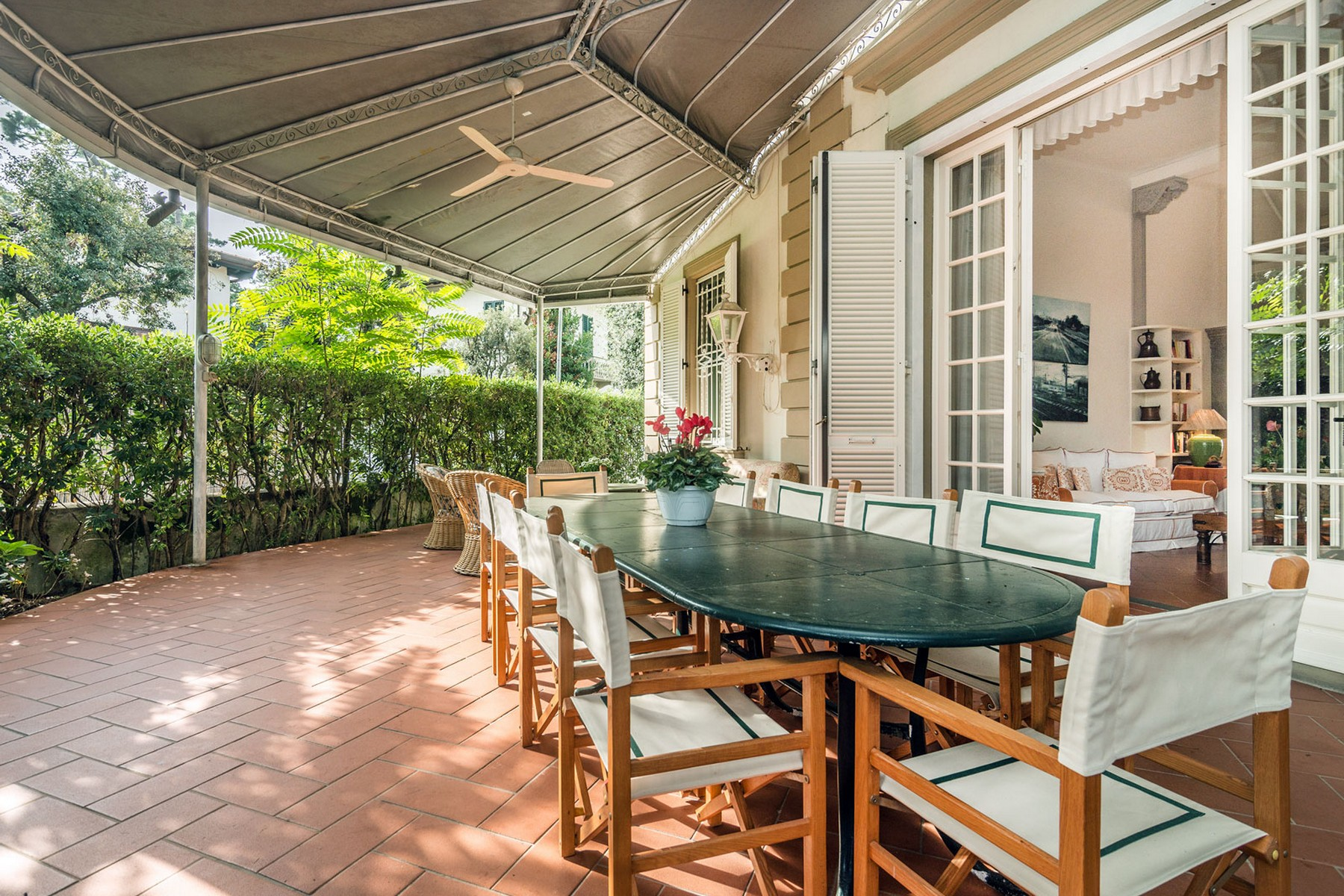 Additional photo for property listing at Incomparable property in Forte dei Marmi Roma Imperiale Forte Dei Marmi, Lucca 50100 Italia