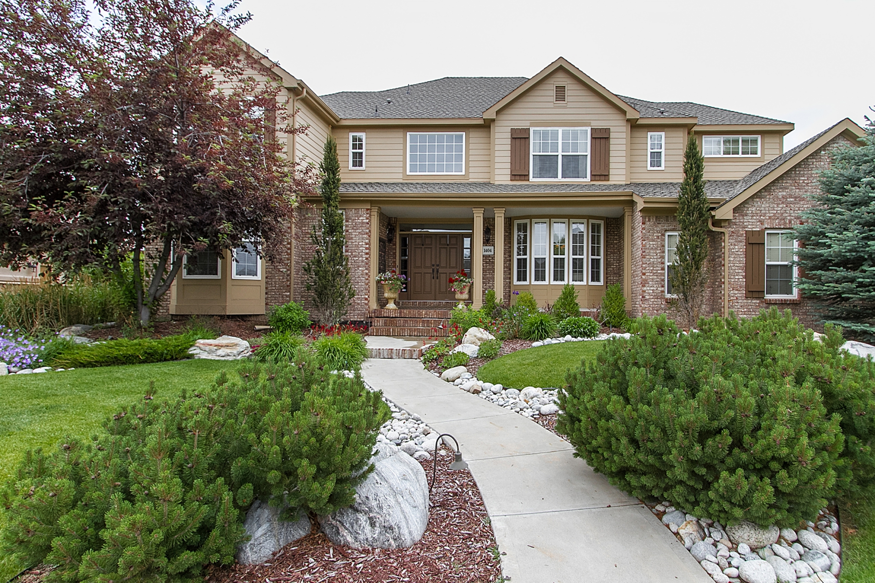 Single Family Home for Sale at Located backing to open space and trails. 1404 Brettonwood Way Highlands Ranch, Colorado 80129 United States