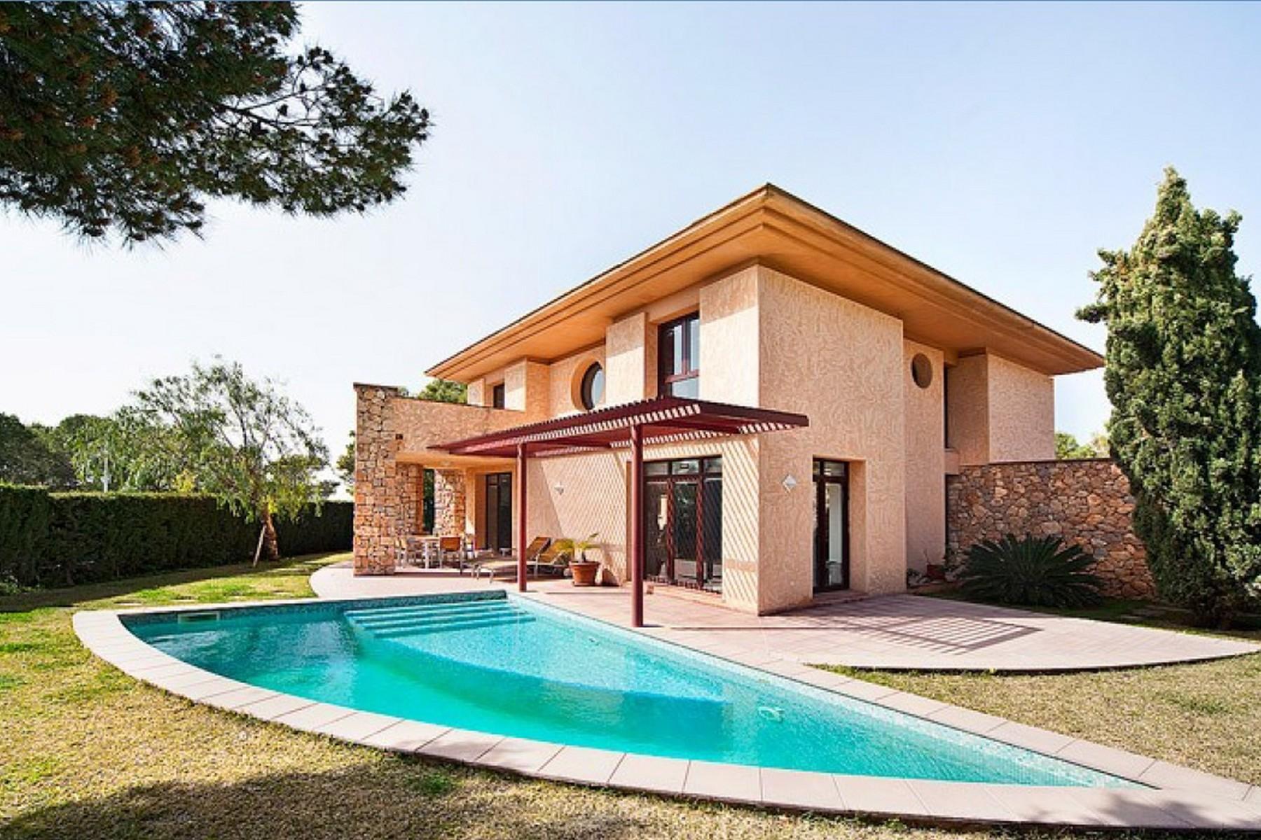 Casa para uma família para Venda às Luminous designer villa with sea views Nova Santa Ponsa, Palma De Maiorca, 07180 Espanha