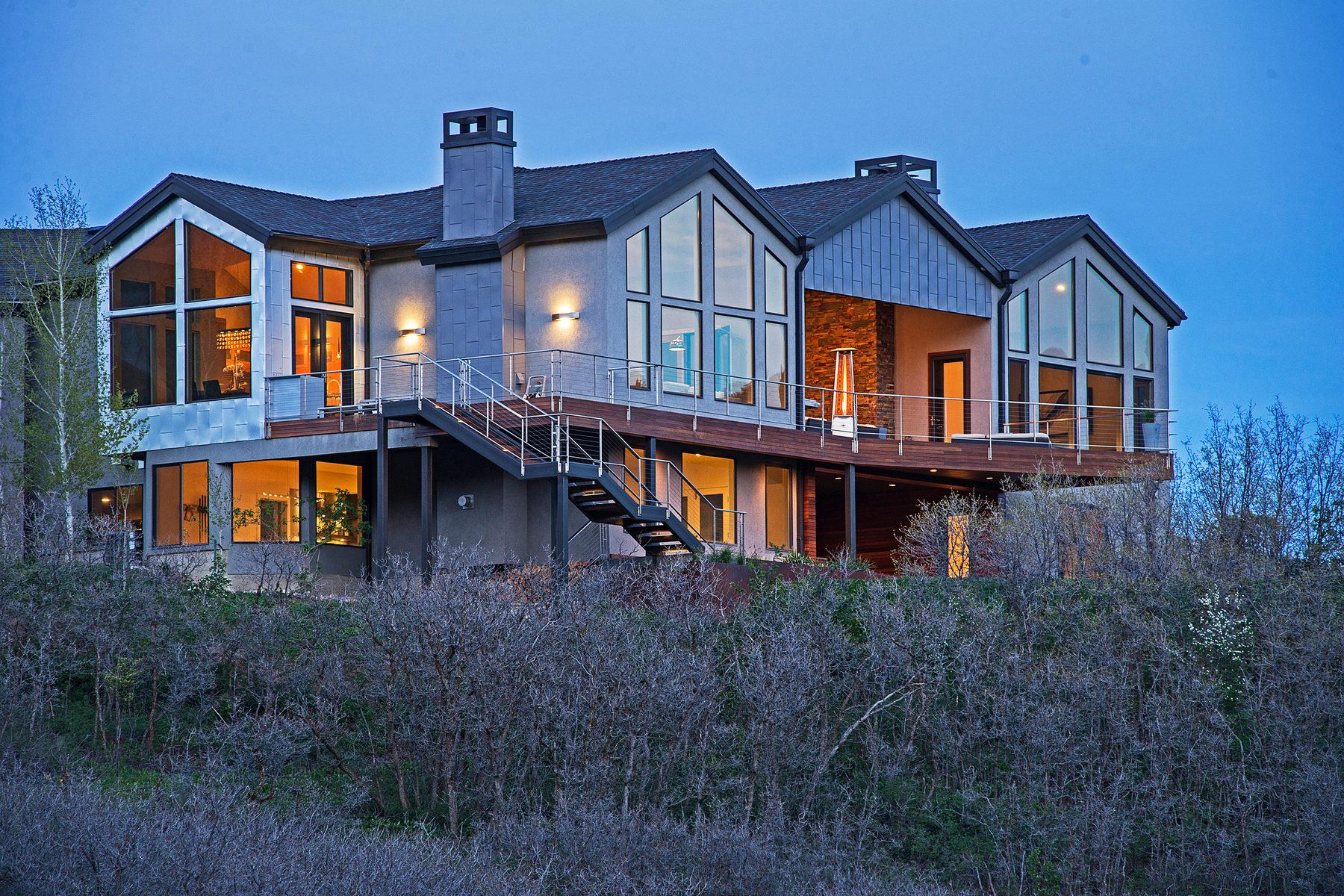 Casa Unifamiliar por un Venta en Breathtaking Island in the Mountains 525 Pioneer Fork Rd Salt Lake City, Utah 84108 Estados Unidos