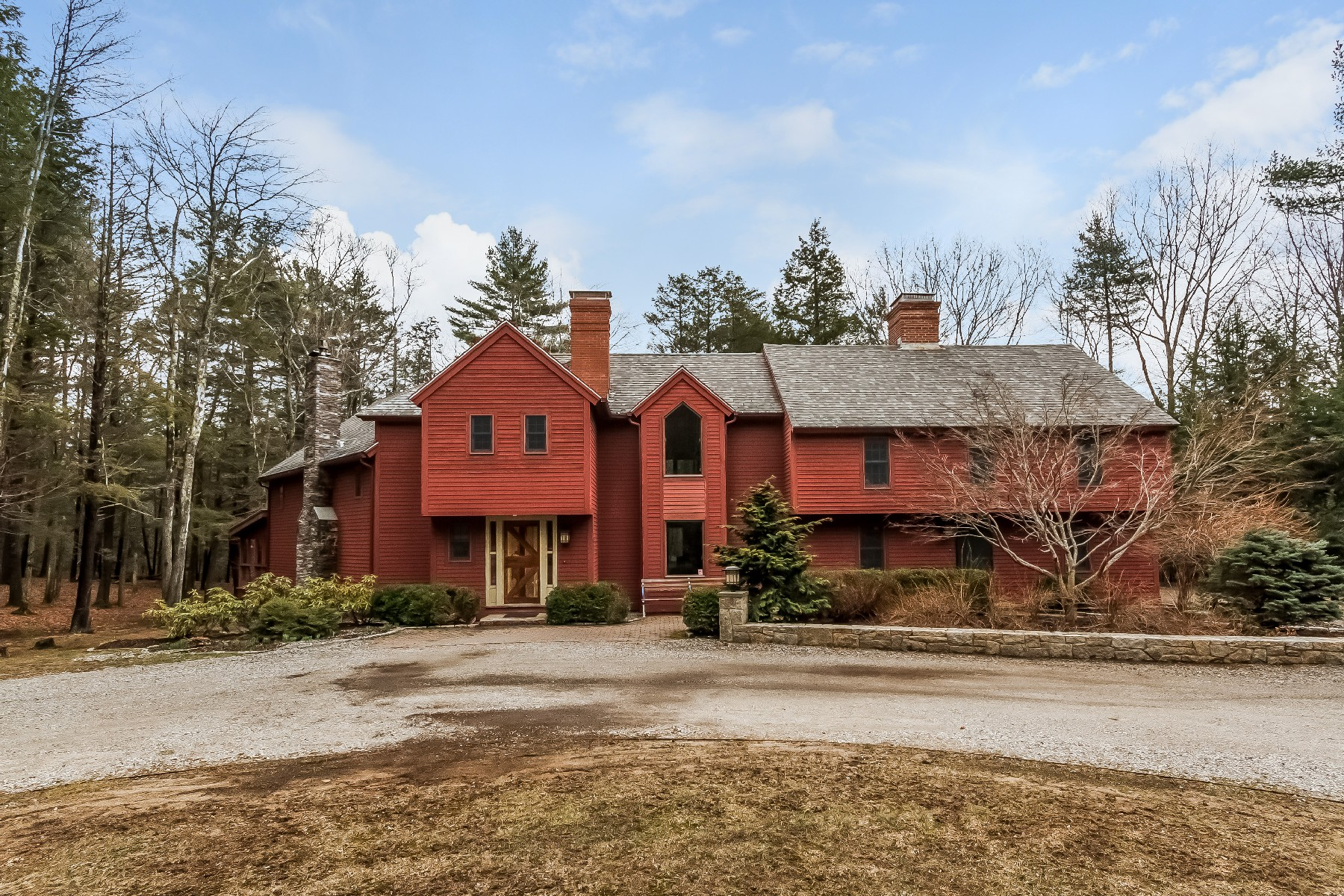 sales property at Contemporary Colonial in Ogunquit