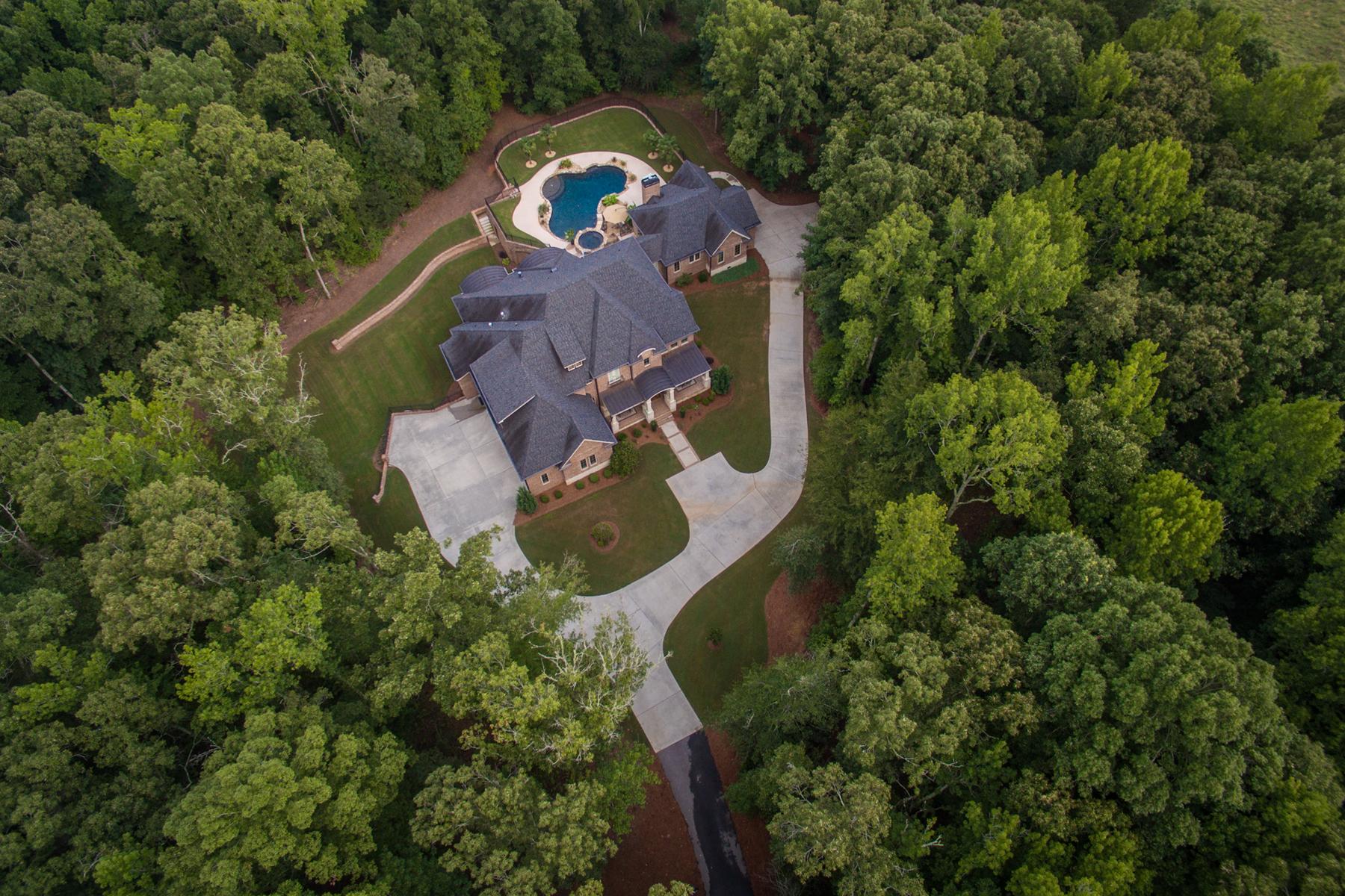 Nhà ở một gia đình vì Bán tại Spectacular 15 Acre Gated Estate Brooks, Georgia 30205 Hoa Kỳ