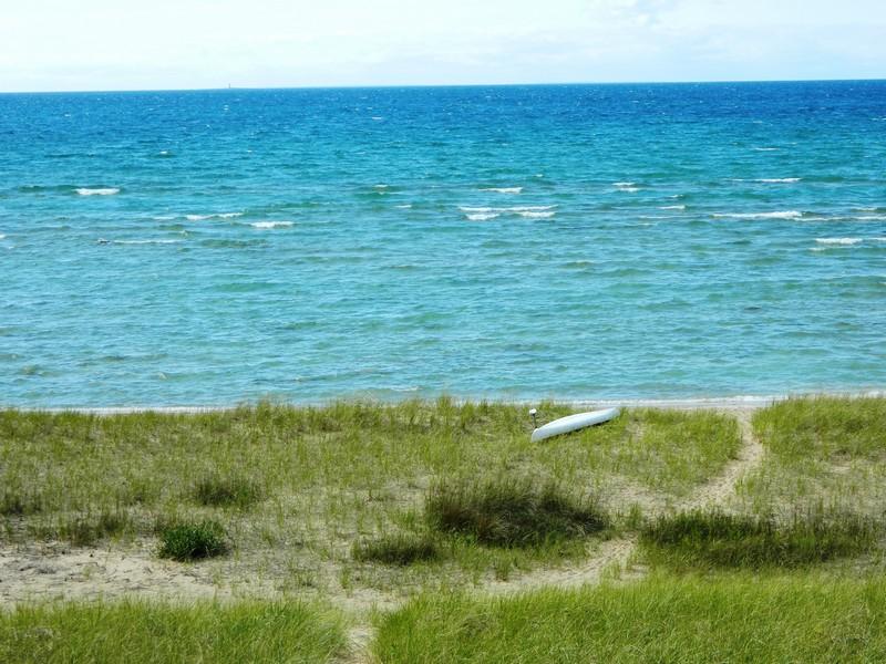 Terreno para Venda às 5525 N Lake Shore Drive Harbor Springs, Michigan 49740 Estados Unidos