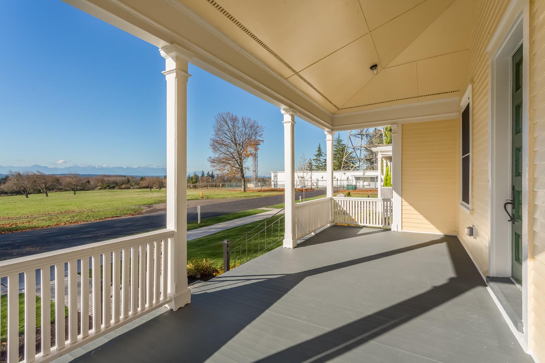 단독 가정 주택 용 매매 에 Discovery Park Home 4010 Washington Ave W Magnolia, Seattle, 워싱톤, 98199 미국