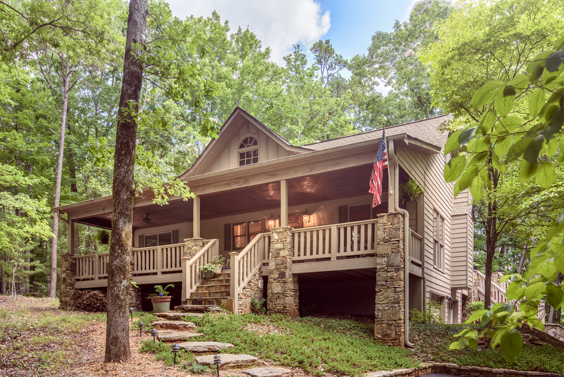 Single Family Home for Sale at Cabin on Perfect Building Knoll One Hour from Atlanta 340 Shetland Trace Big Canoe, Georgia, 30143 United States