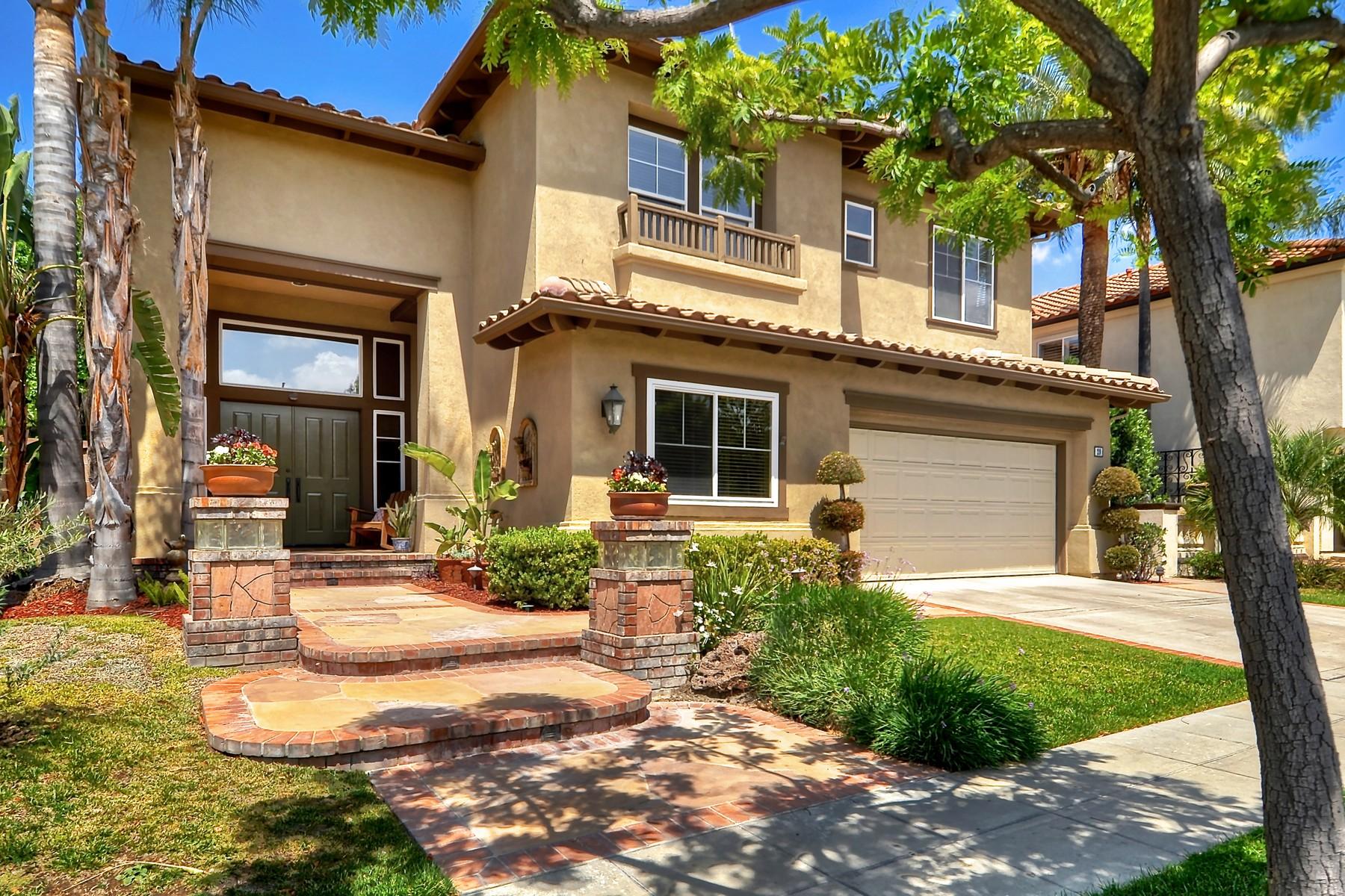 Casa para uma família para Venda às 29 Canyonwood Irvine, Califórnia, 92620 Estados Unidos