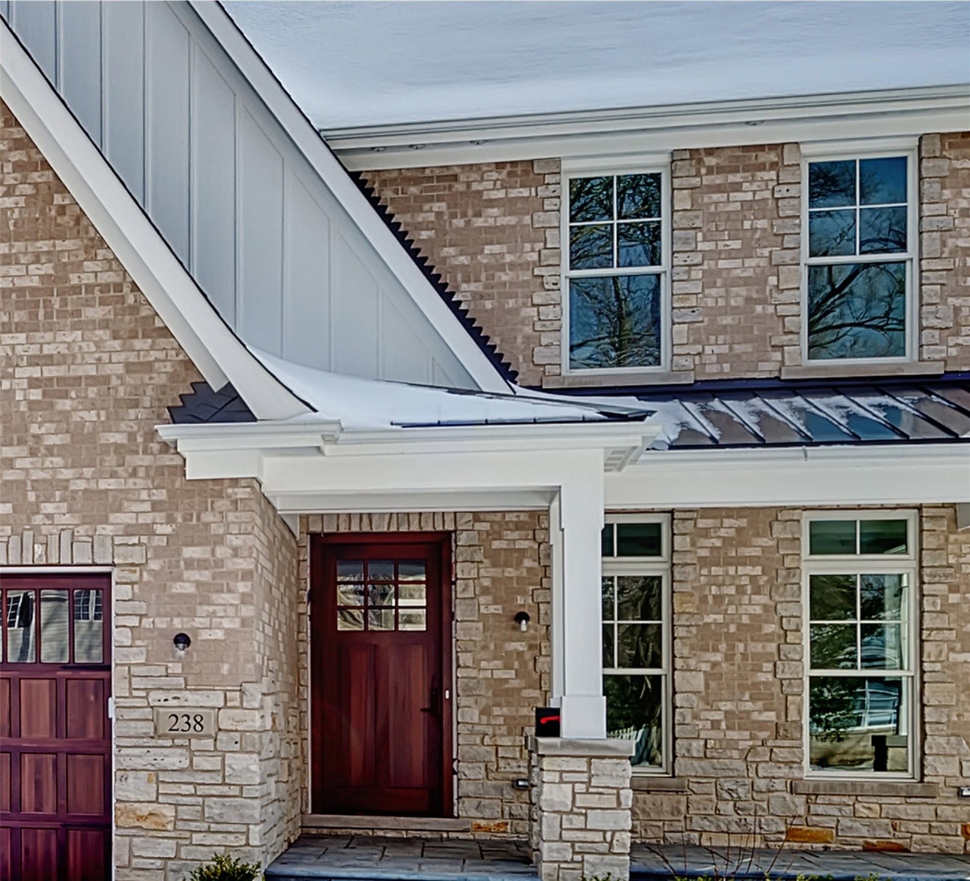 Single Family Home for Sale at 238 Fuller Rd. Hinsdale, Illinois 60521 United States