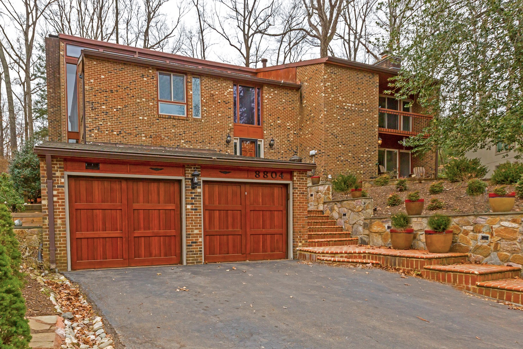 Single Family Home for Sale at 8804 Quiet Stream, Potomac 8804 Quiet Stream Ct Potomac, Maryland 20854 United States