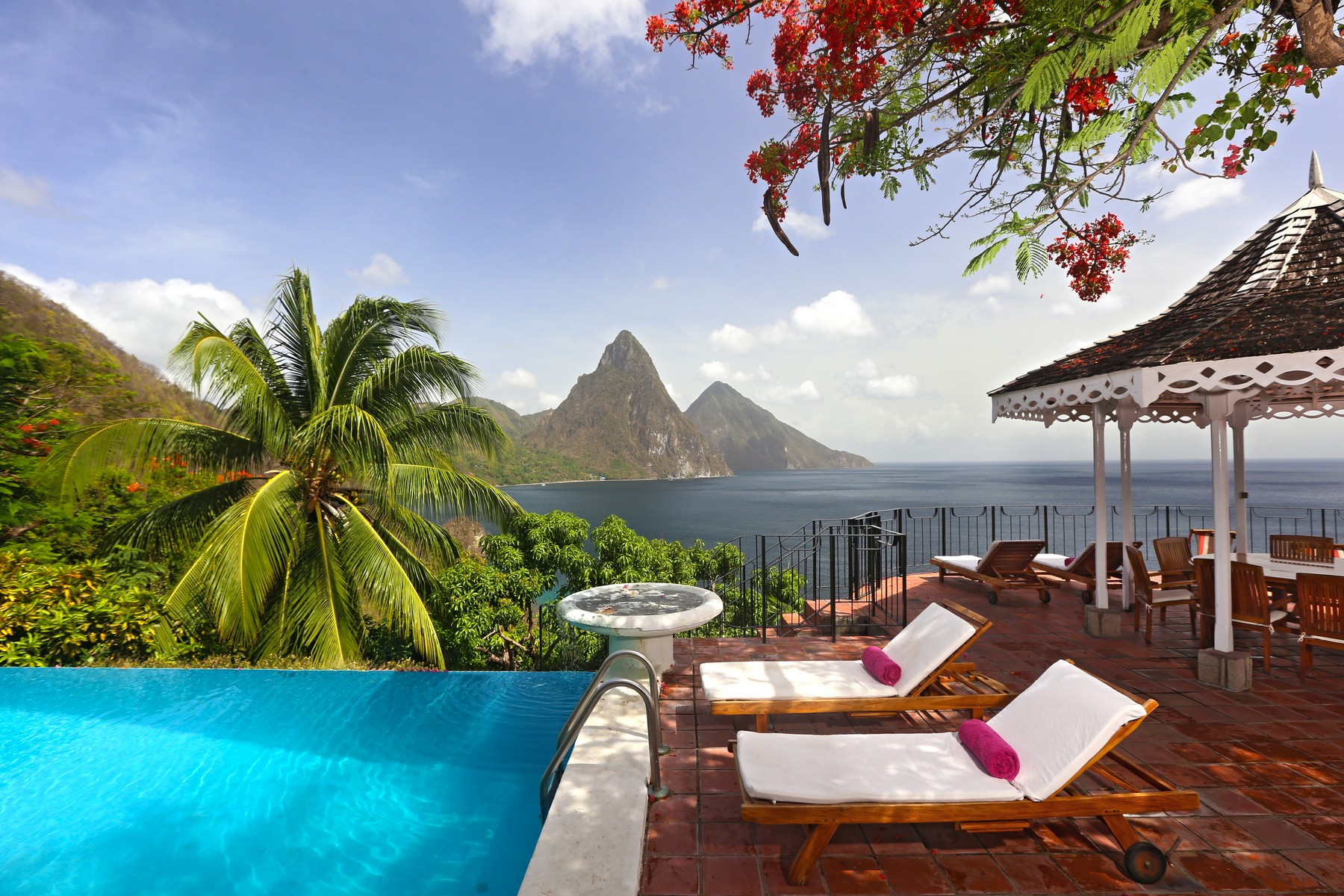 sales property at Le Gallerie, Soufriere Bay