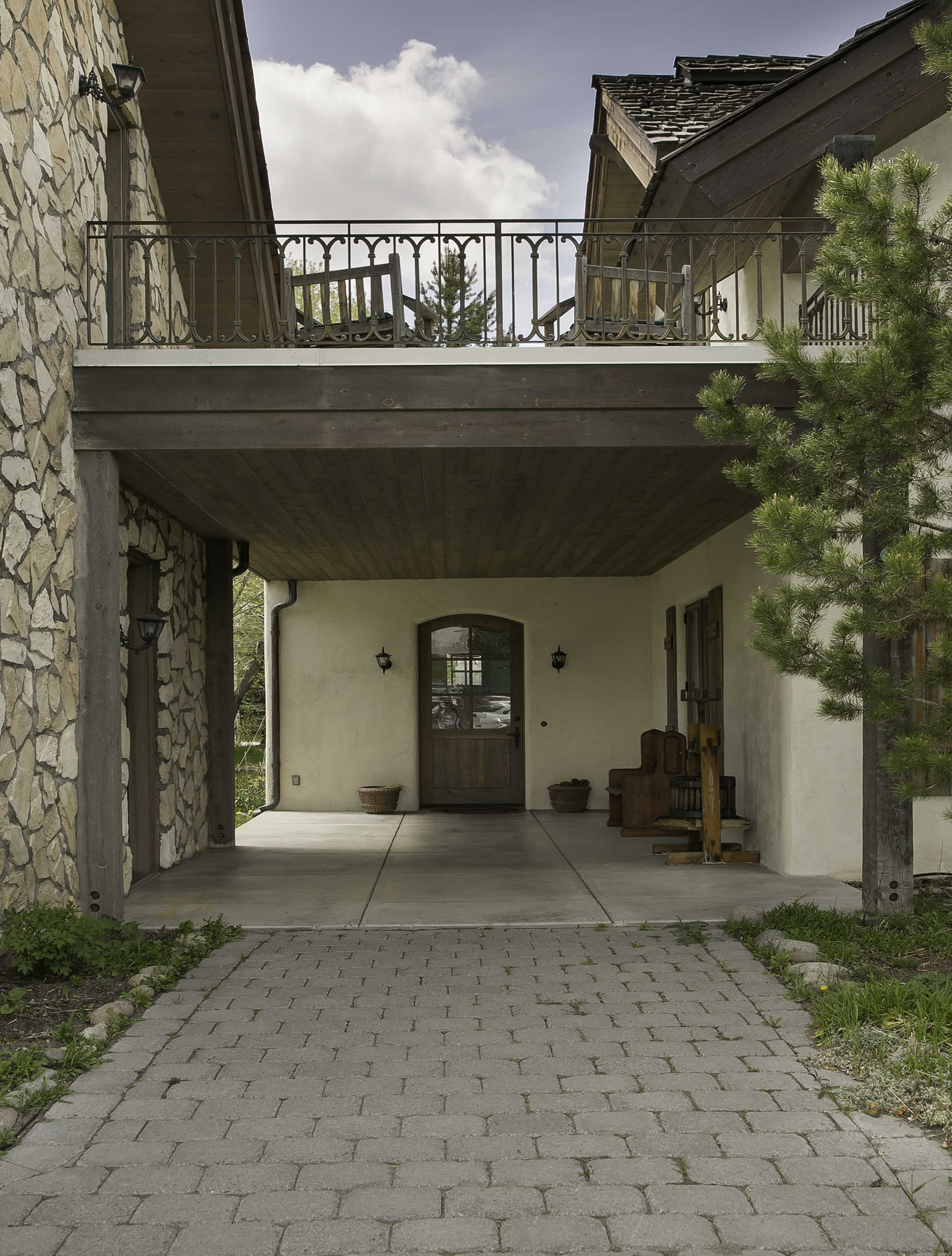 Additional photo for property listing at European Flair in Sun Valley 960 Rocking Horse Road 凯彻姆, 爱达荷州 83340 美国