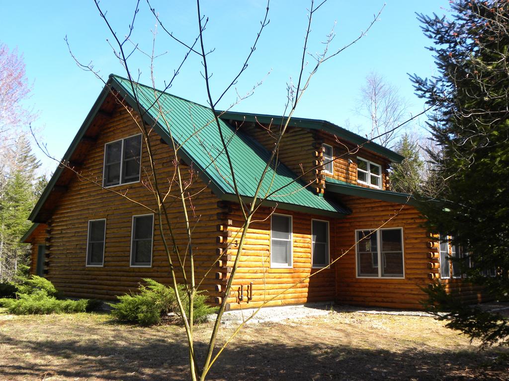 独户住宅 为 销售 在 3 Allegiance Lane 荒山岛, 缅因州, 04660 美国
