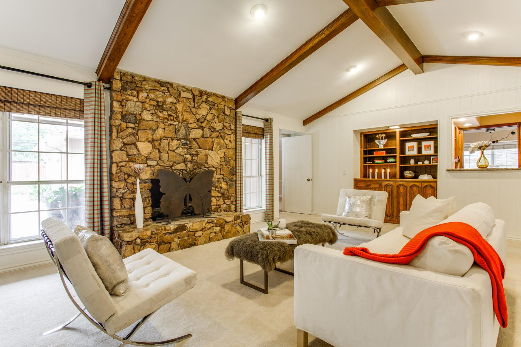 Maison unifamiliale pour l Vente à 6434 Sunnyland Lane Dallas, Texas, 75214 États-Unis