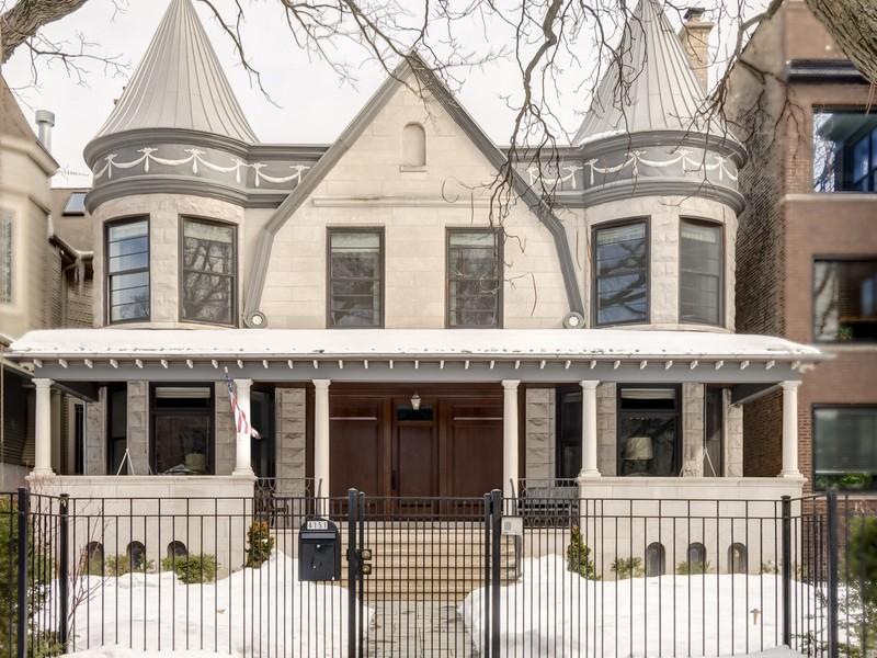 단독 가정 주택 용 매매 에 Rare Graceland West Home 4151 N Greenview Avenue Lakeview, Chicago, 일리노이즈 60613 미국