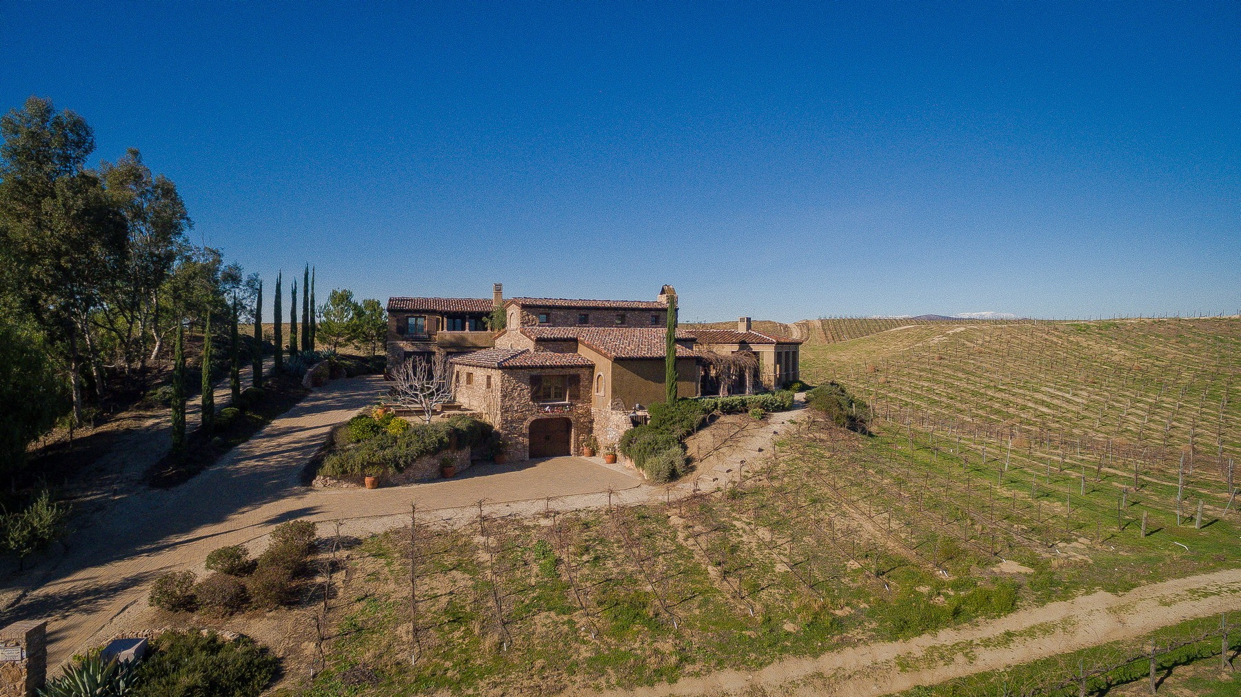 Additional photo for property listing at 41100 Avenida Biona  Temecula, Californie 92591 États-Unis