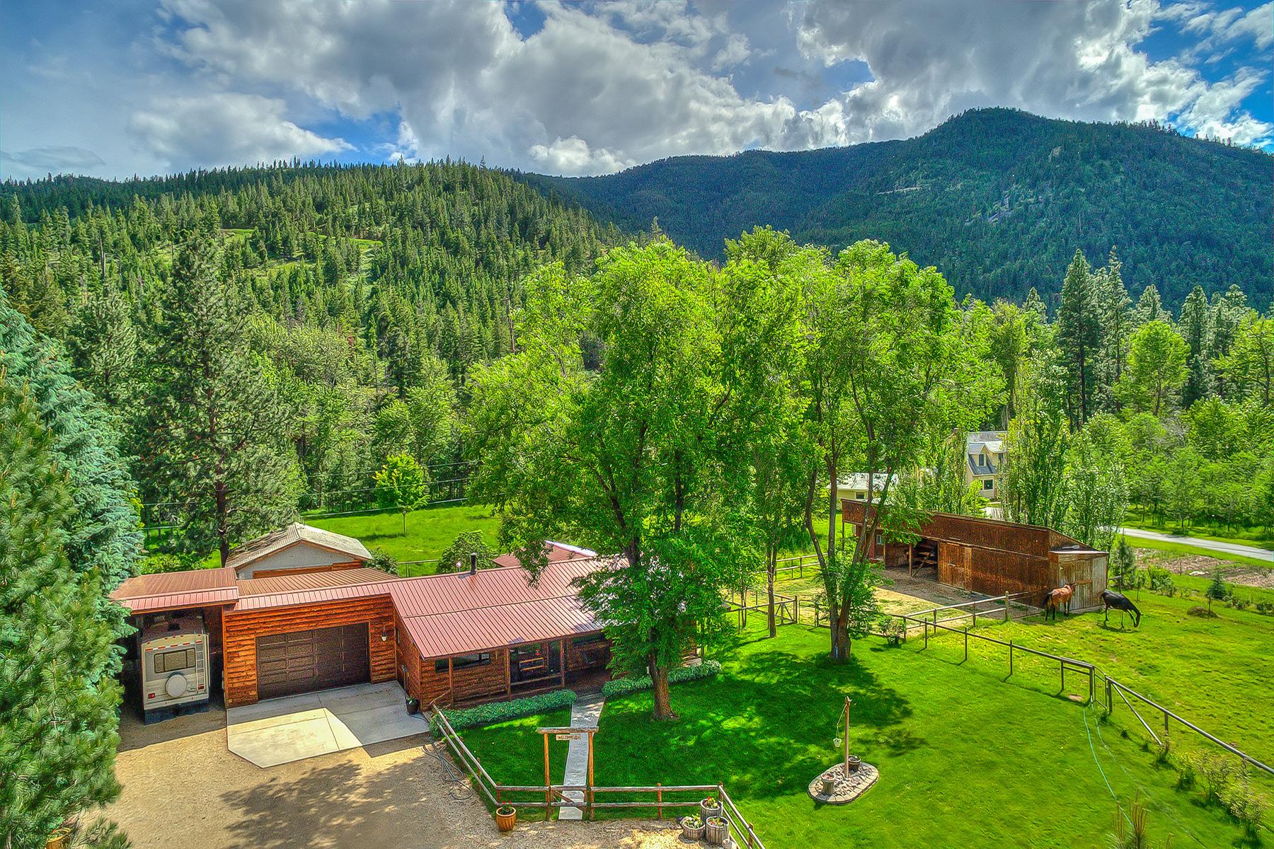 Casa para uma família para Venda às 10585 Lolo Creek Lolo, Montana 59847 Estados Unidos