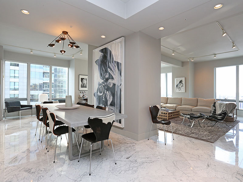 共管物業 為 出售 在 Luxury Condominium At The Ritz 1 Avery Street Unit 25B Boston, 麻塞諸塞州 02111 美國