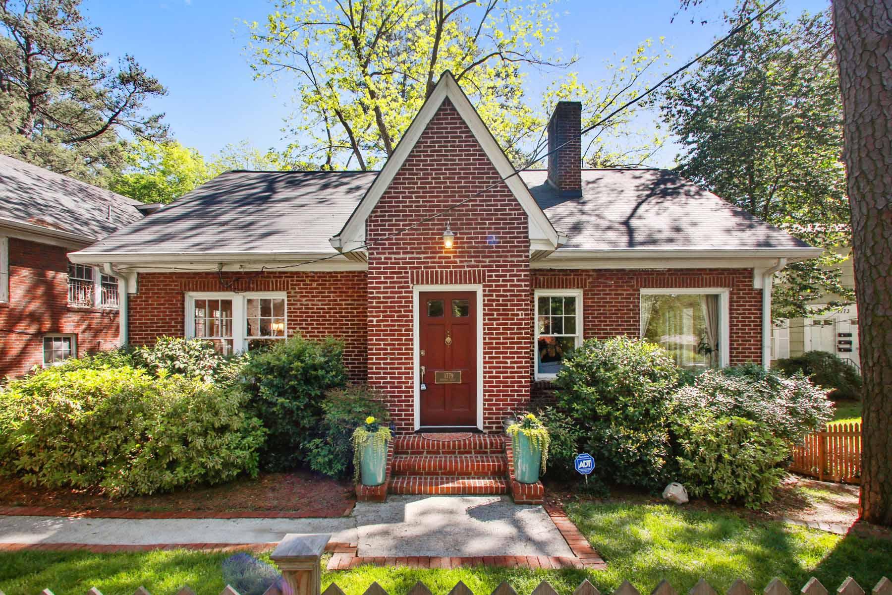 Частный односемейный дом для того Продажа на Renovated Brick Charmer 1779 Monroe Drive NE Atlanta, Джорджия, 30324 Соединенные Штаты