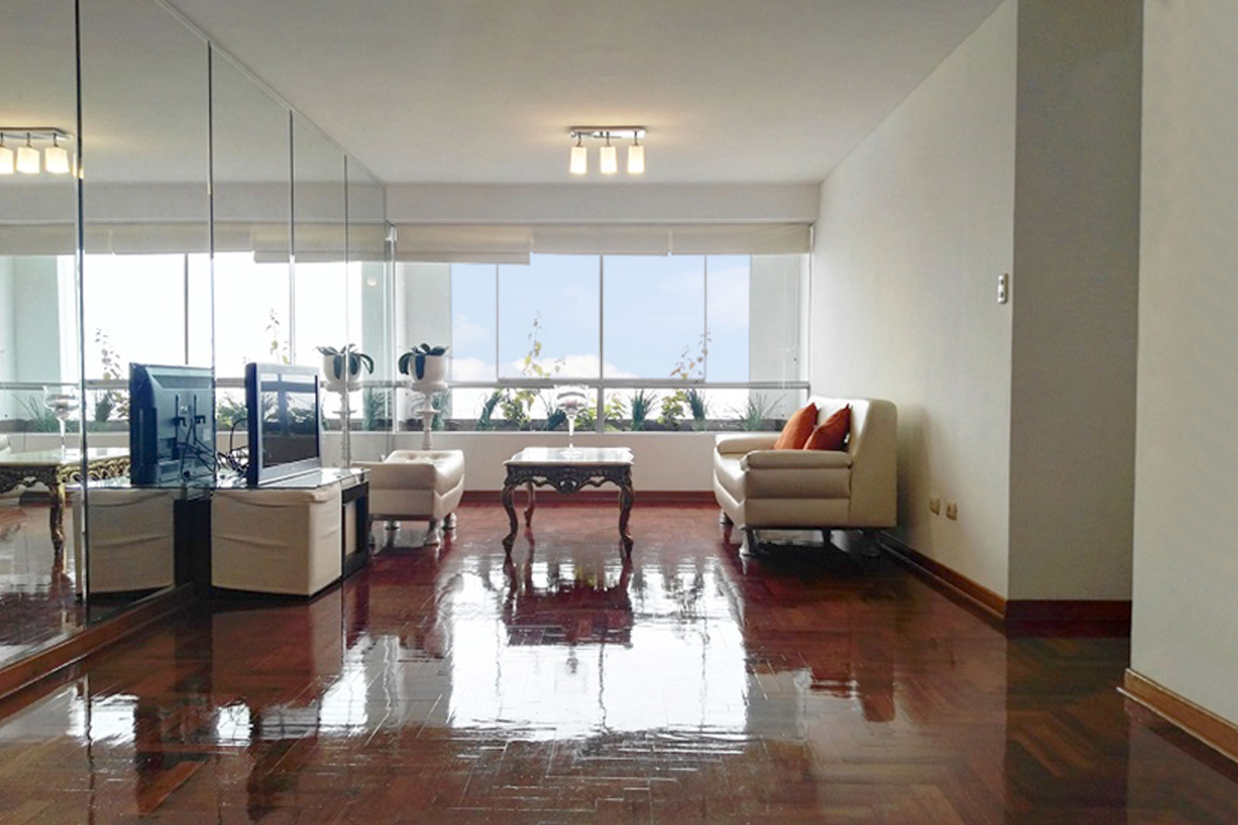 Apartment for Sale at Excelente Departamento en Venta Reducto Miraflores Av. Reducto Miraflores, Lima, 18 Peru
