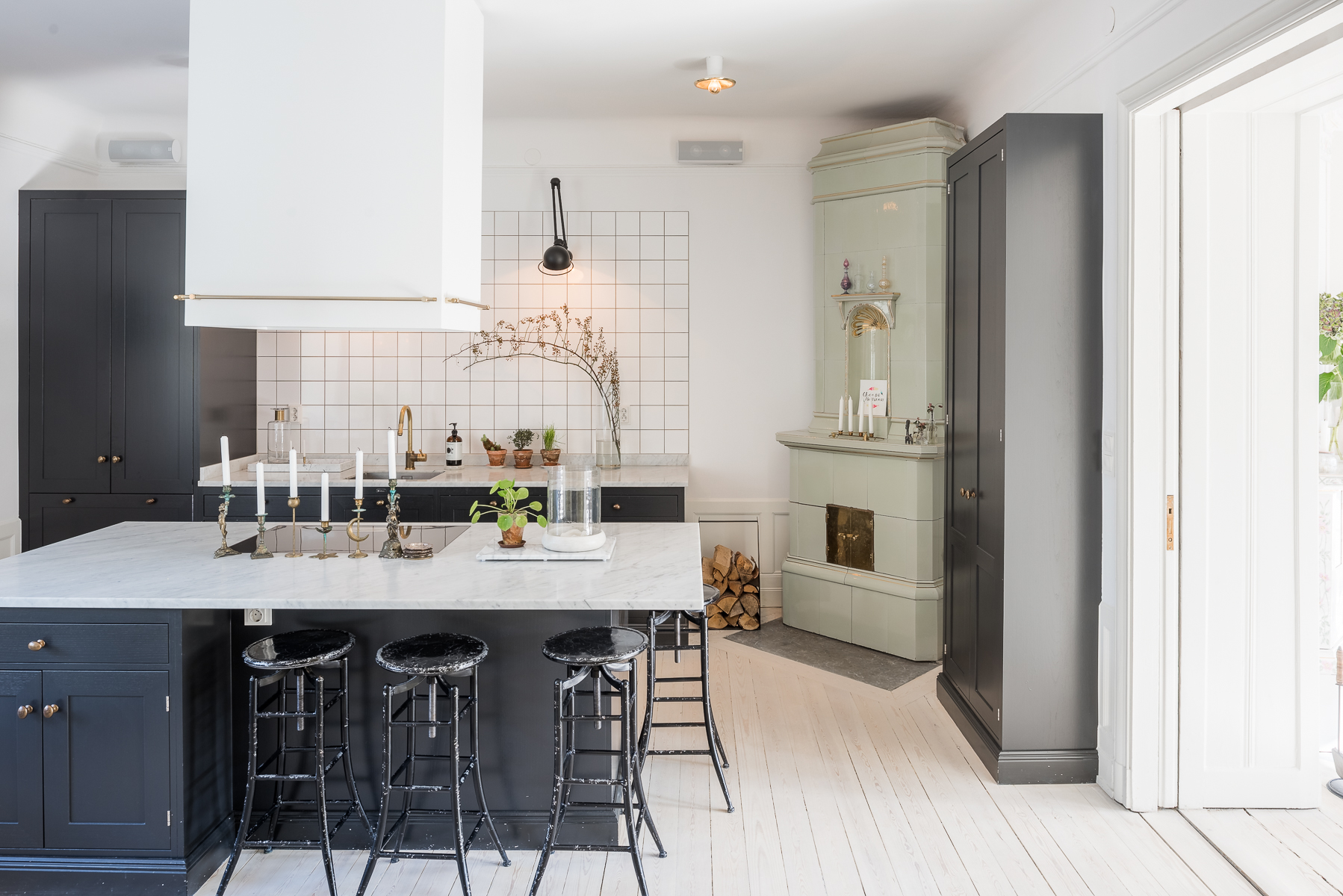 Property For Sale at Bright turn of the century apartment