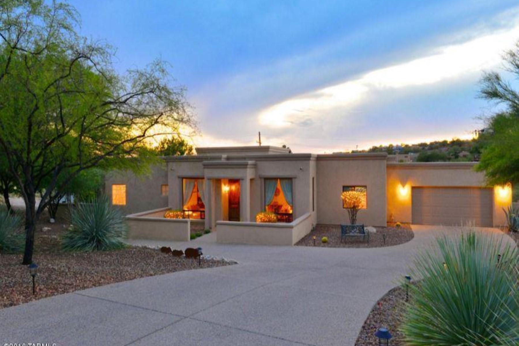 Частный односемейный дом для того Продажа на Custom 4 bedroom on a quiet cul-de-sac lot in a private gated community 3923 N Lindstrom Place Tucson, Аризона, 85750 Соединенные Штаты