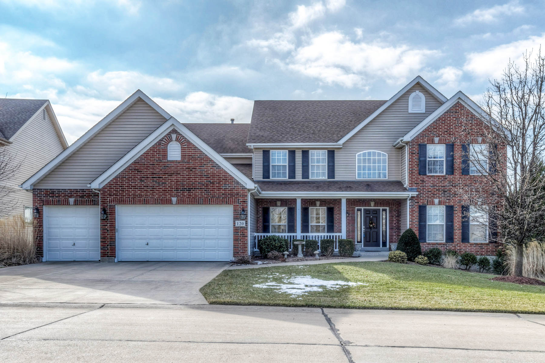 Single Family Home for Sale at Beautiful 2 story 120 Cripple Creek St. Louis, Missouri, 63129 United States